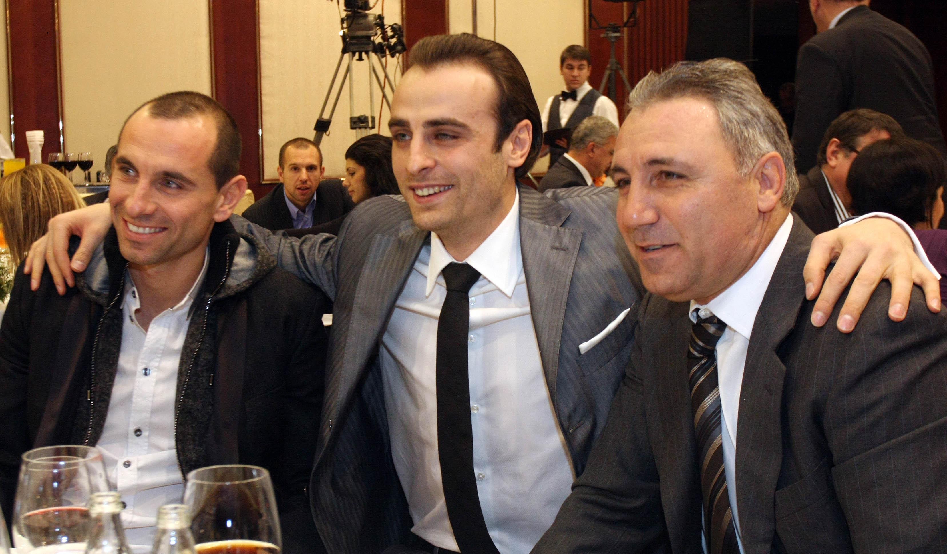 Стоичков отсече: Бербатов ще остане в Юнайтед
