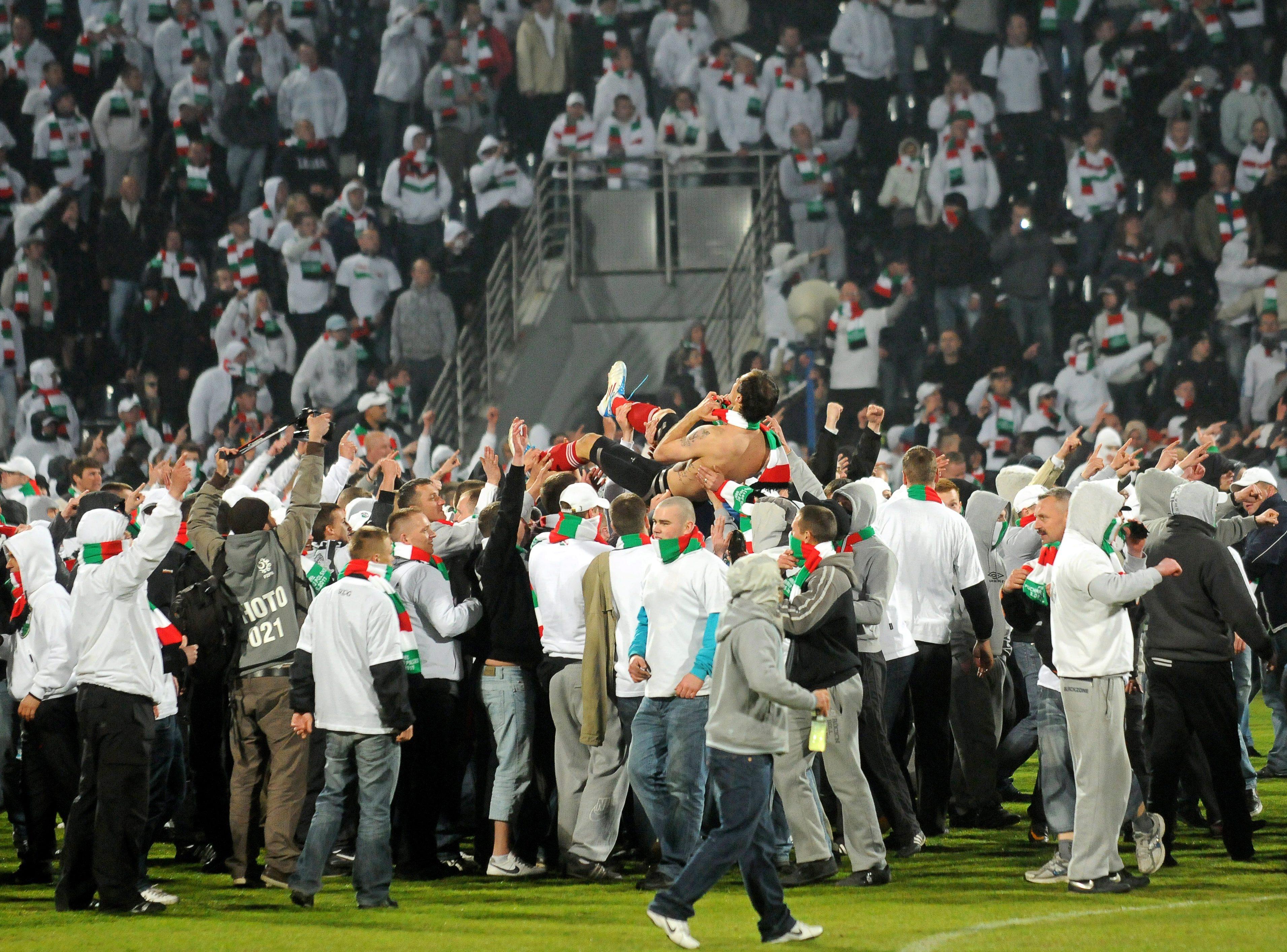 Грозни сцени след финала за Купата на Полша