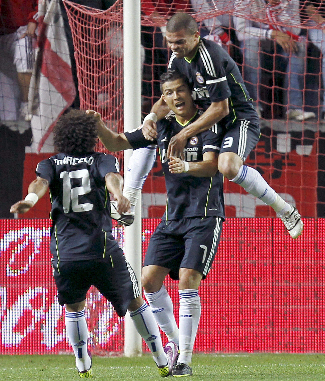 Кристиано Роналдо и Реал унизиха Севиля с 6:2