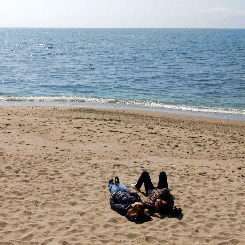 Глобяват кмета на Царево заради замърсения плаж в Лозенец