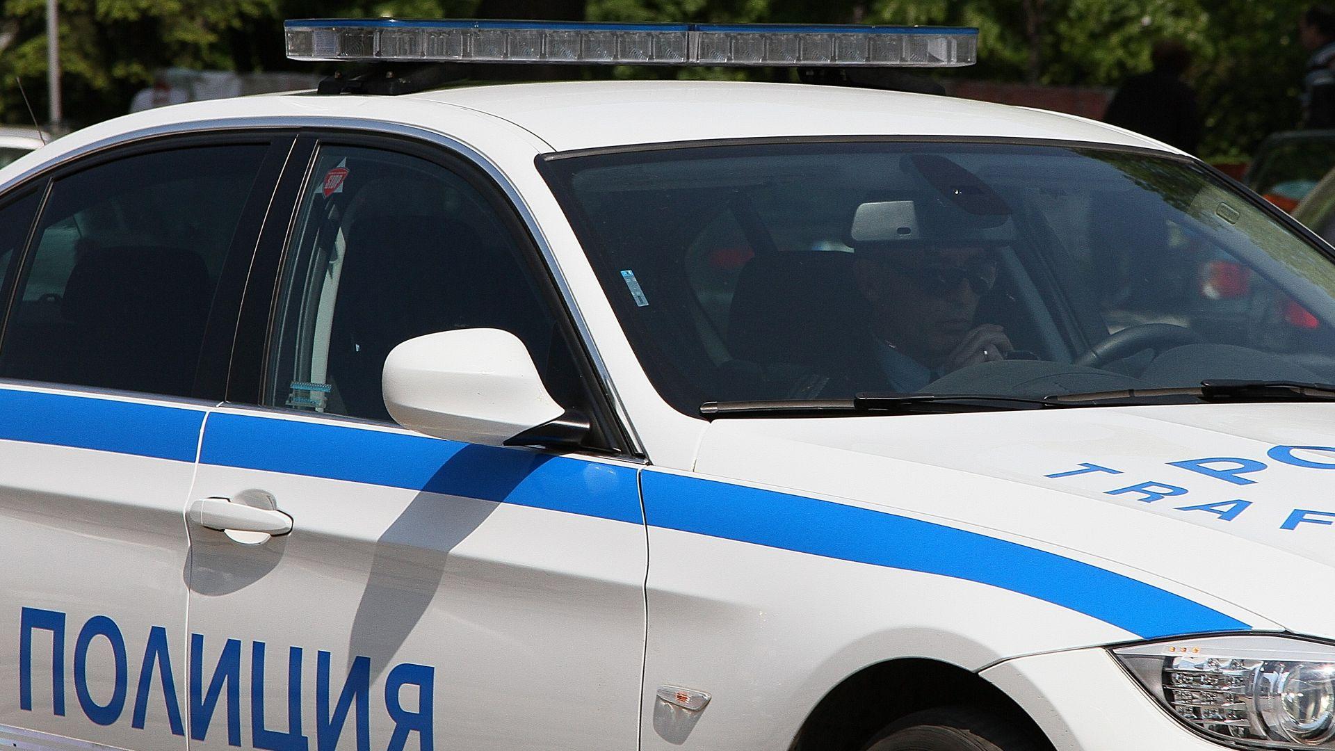 Столични полицаи извършват оперативни действия във връзка с инцидент в