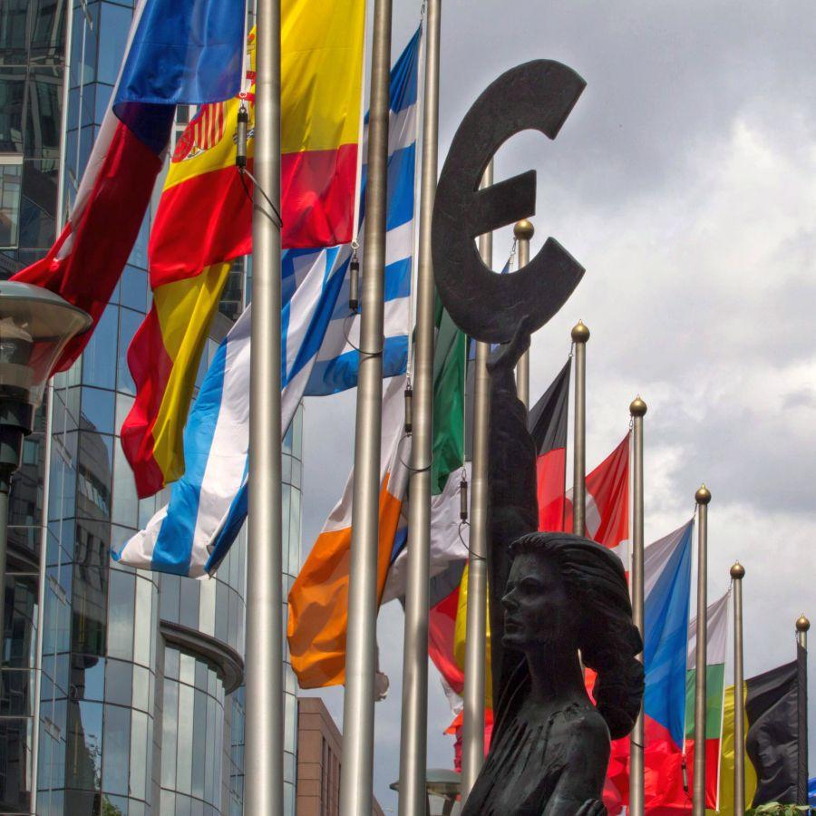 Германски политици предлагат замразяване на членството на България в ЕС