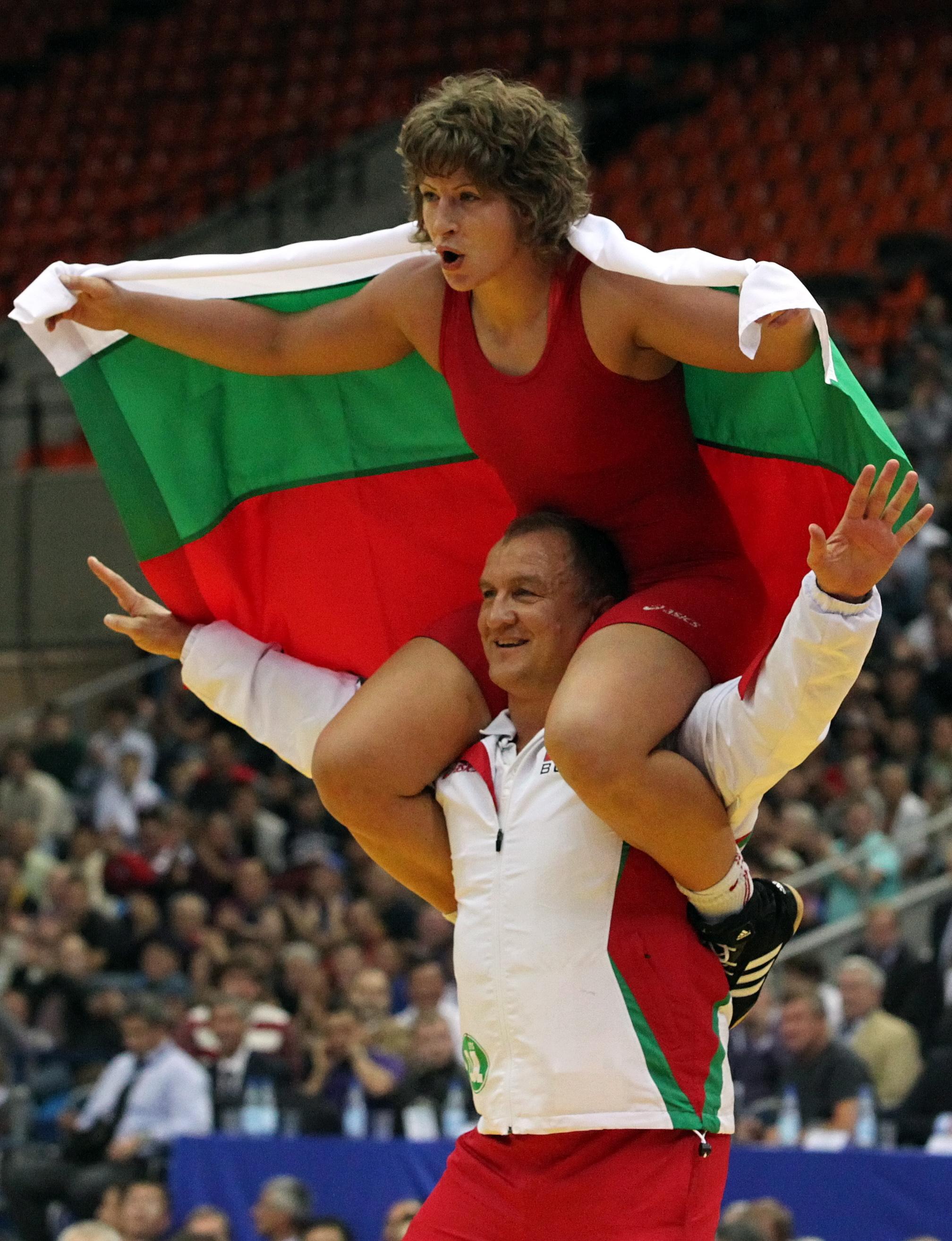 Станка Златева посяга към нова титла в Баку