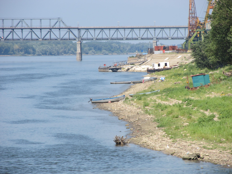 Млад мъж загина в Дунав при буря, брат му изчезна