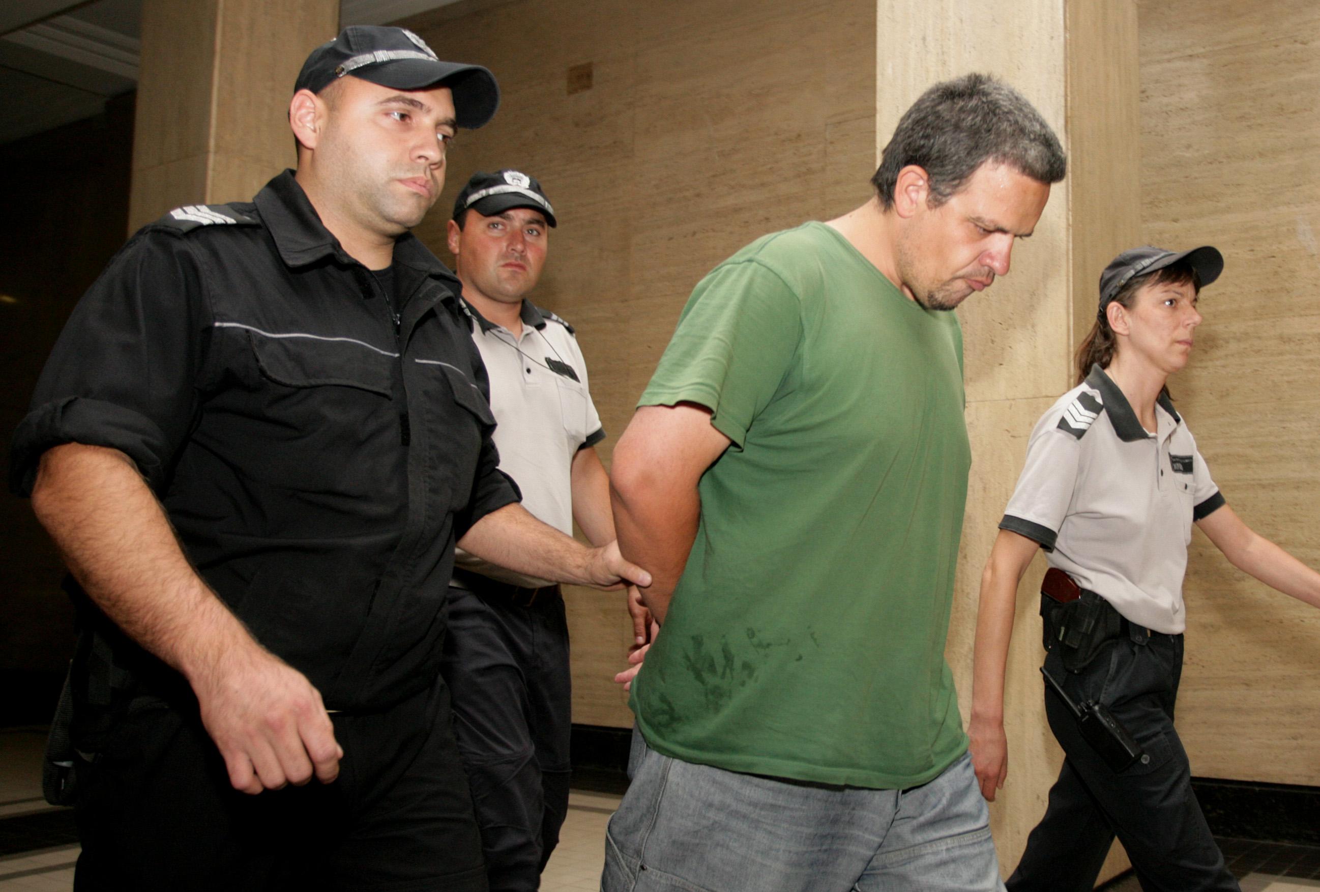"Оставиха в ареста ""убиеца"" на Яна, и без ДНК експертиза"