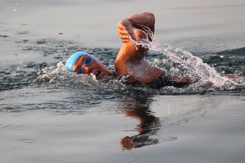 61-годишната жена спря опита си да плува от Флорида до Куба
