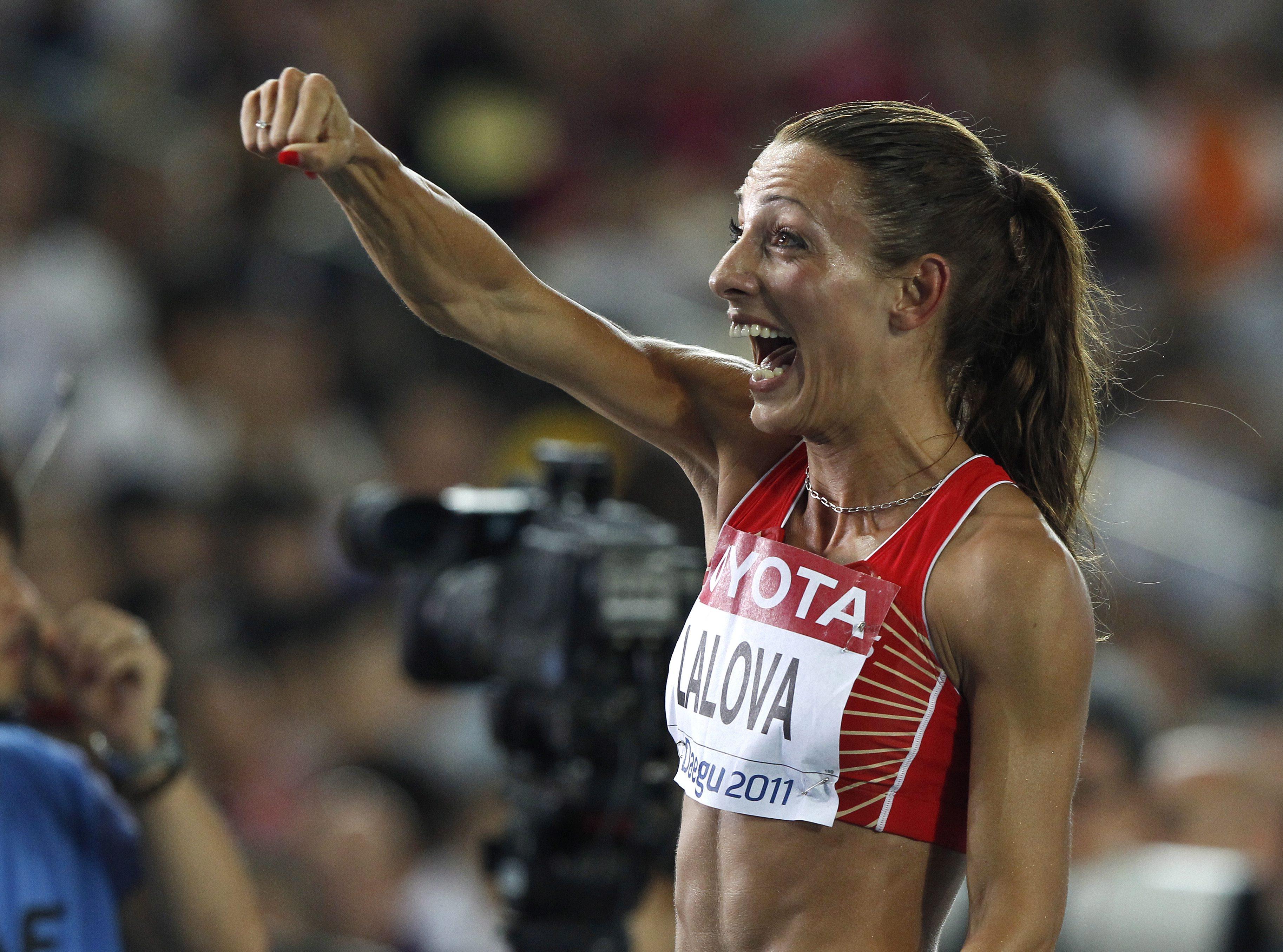Ивет - в най-тежкия полуфинал на 200 м (видео)