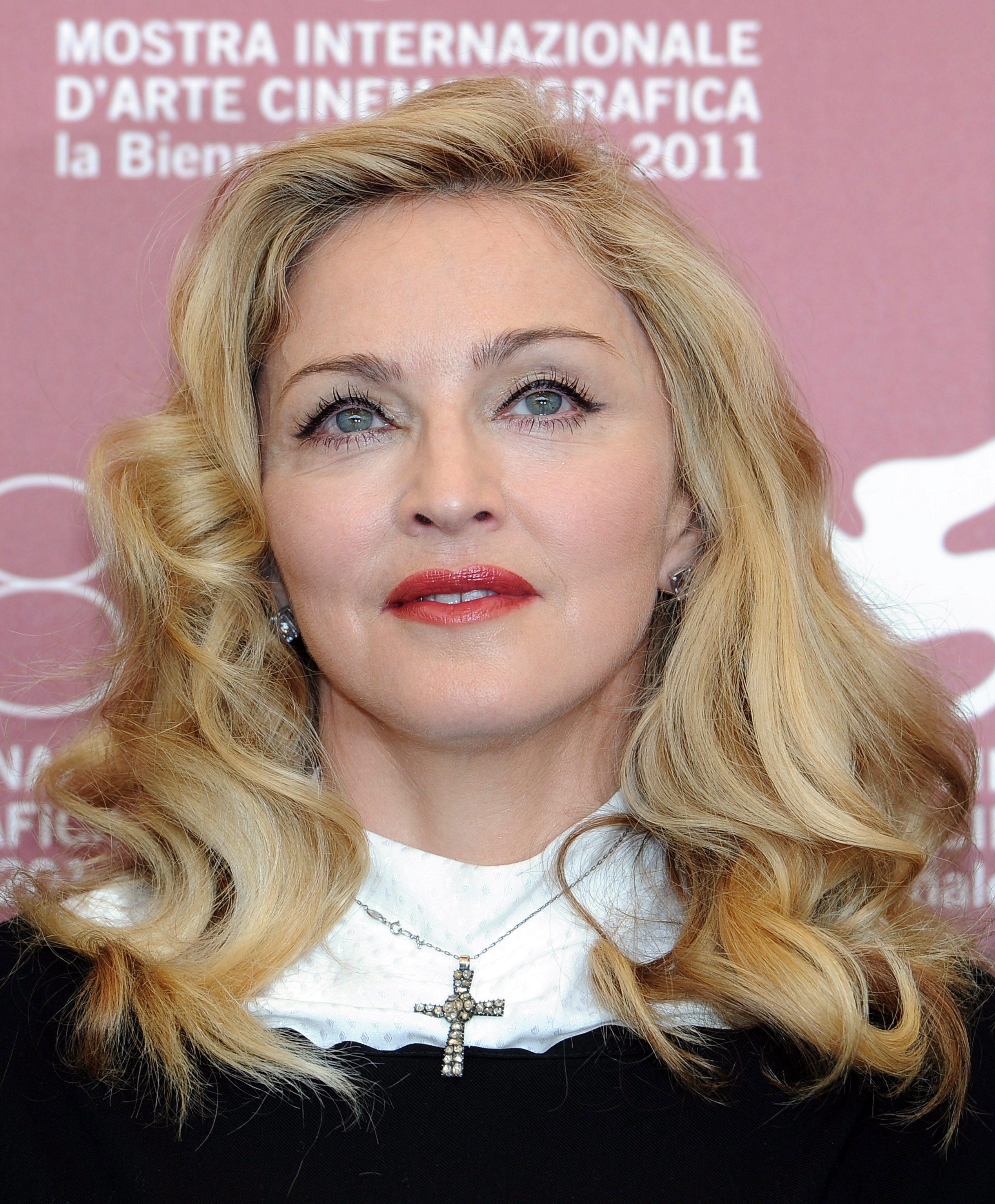 Братът на Мадона пострада при разпра с полицията