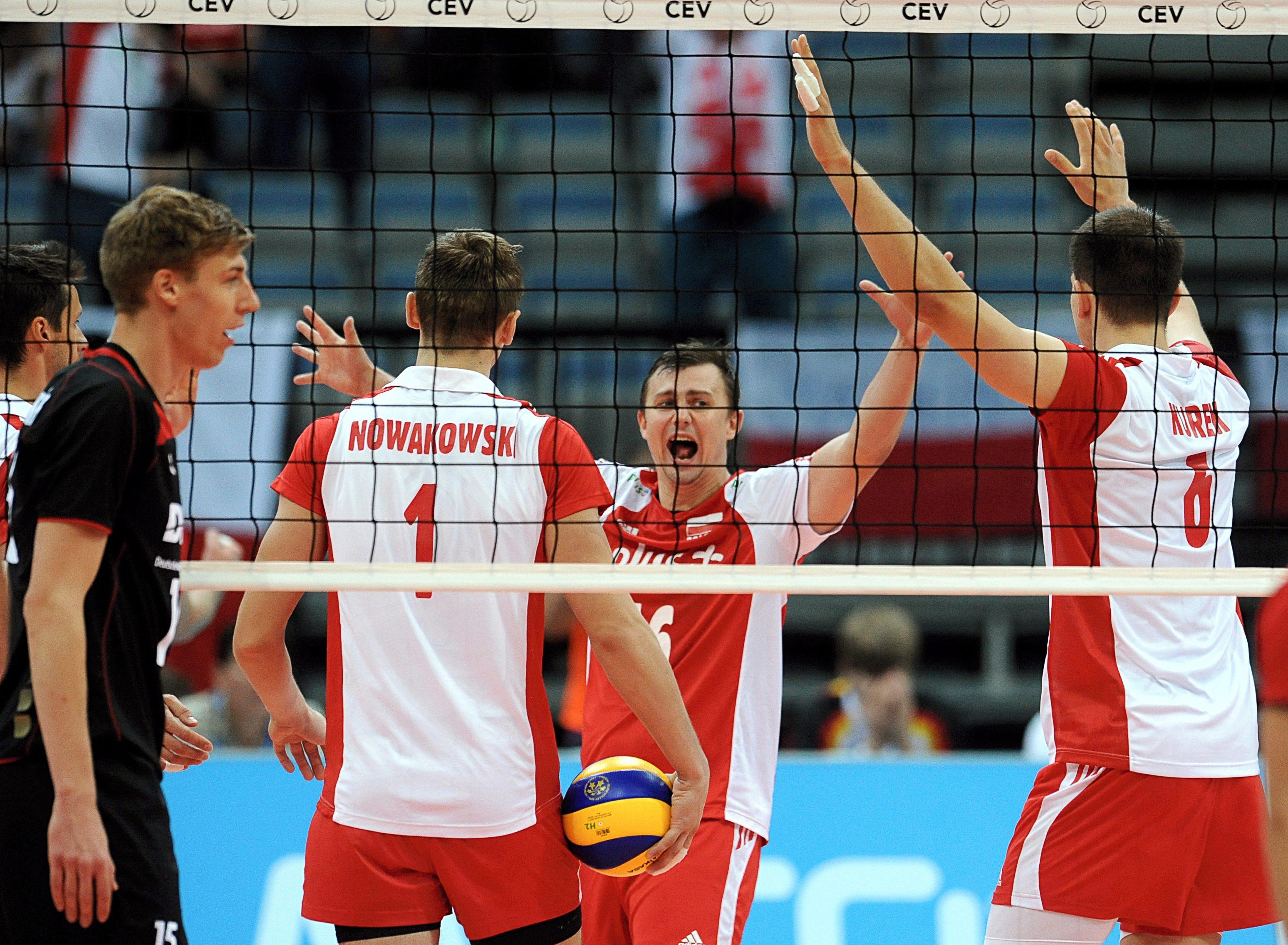 Полша оглави групата ни след 3:1 над Германия