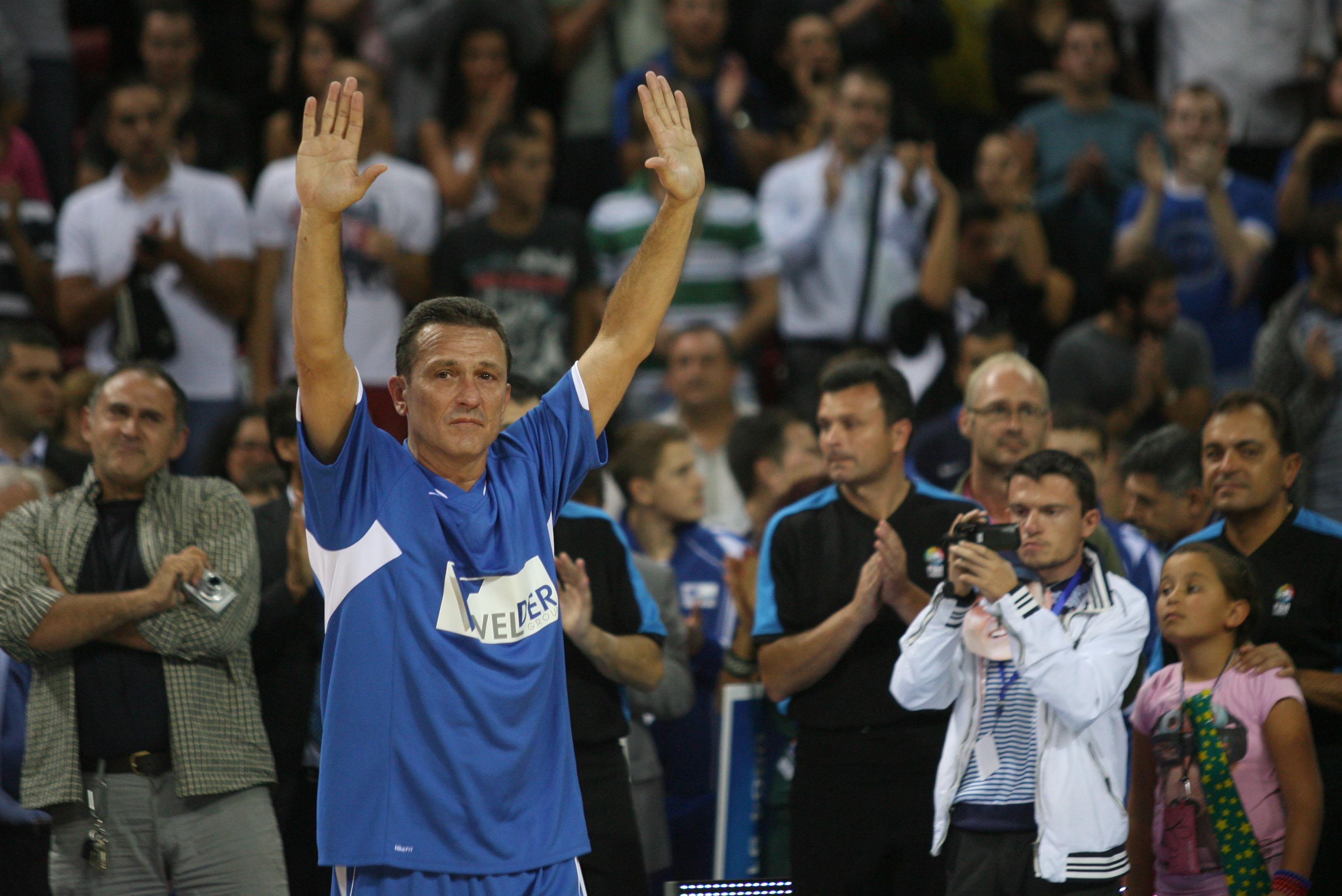 Жоро Младенов си каза сбогом с баскетбола (видео)