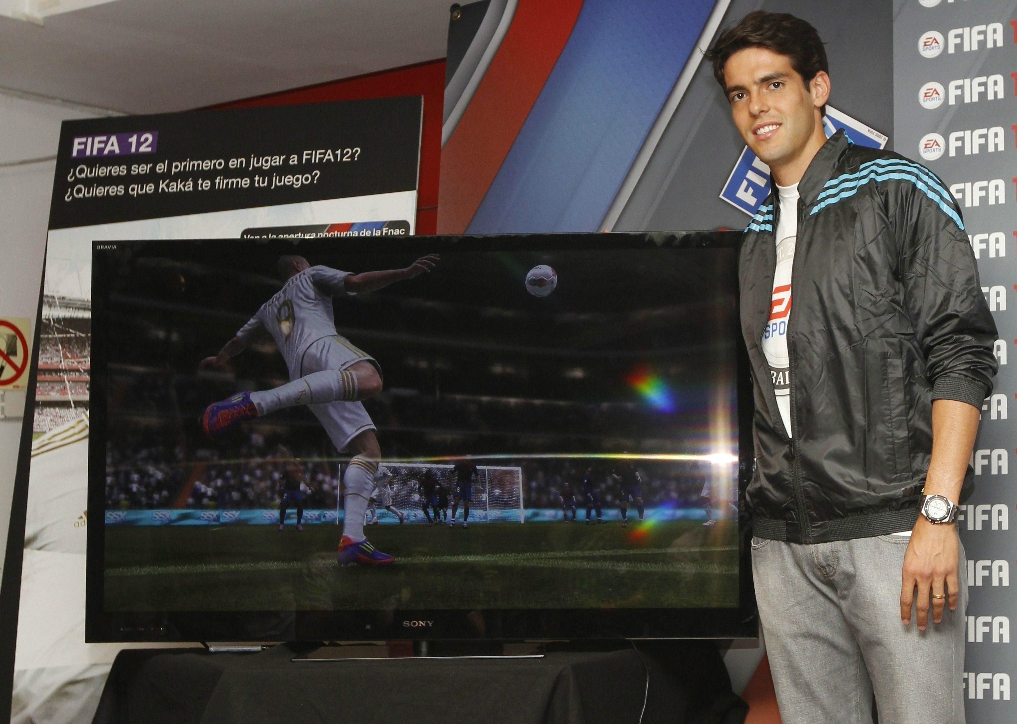 Революционната FIFA 12 вече е в продажба