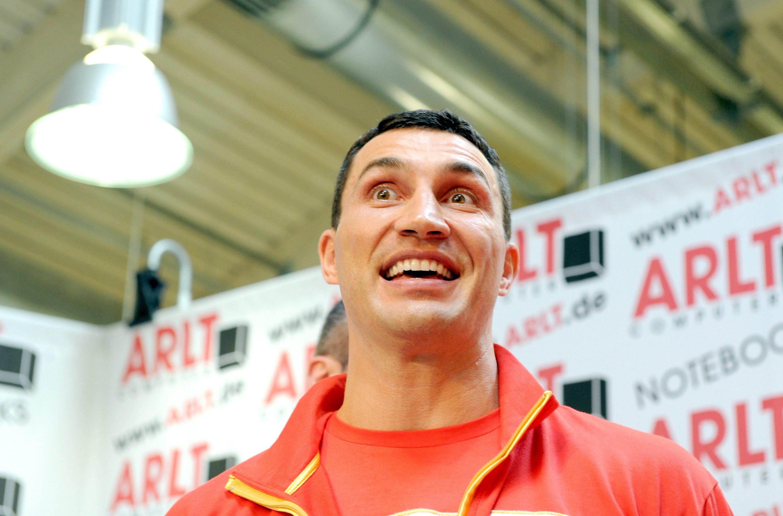 Мачът Кличко - Мормек ще бъде на 3 март в Дюселдорф
