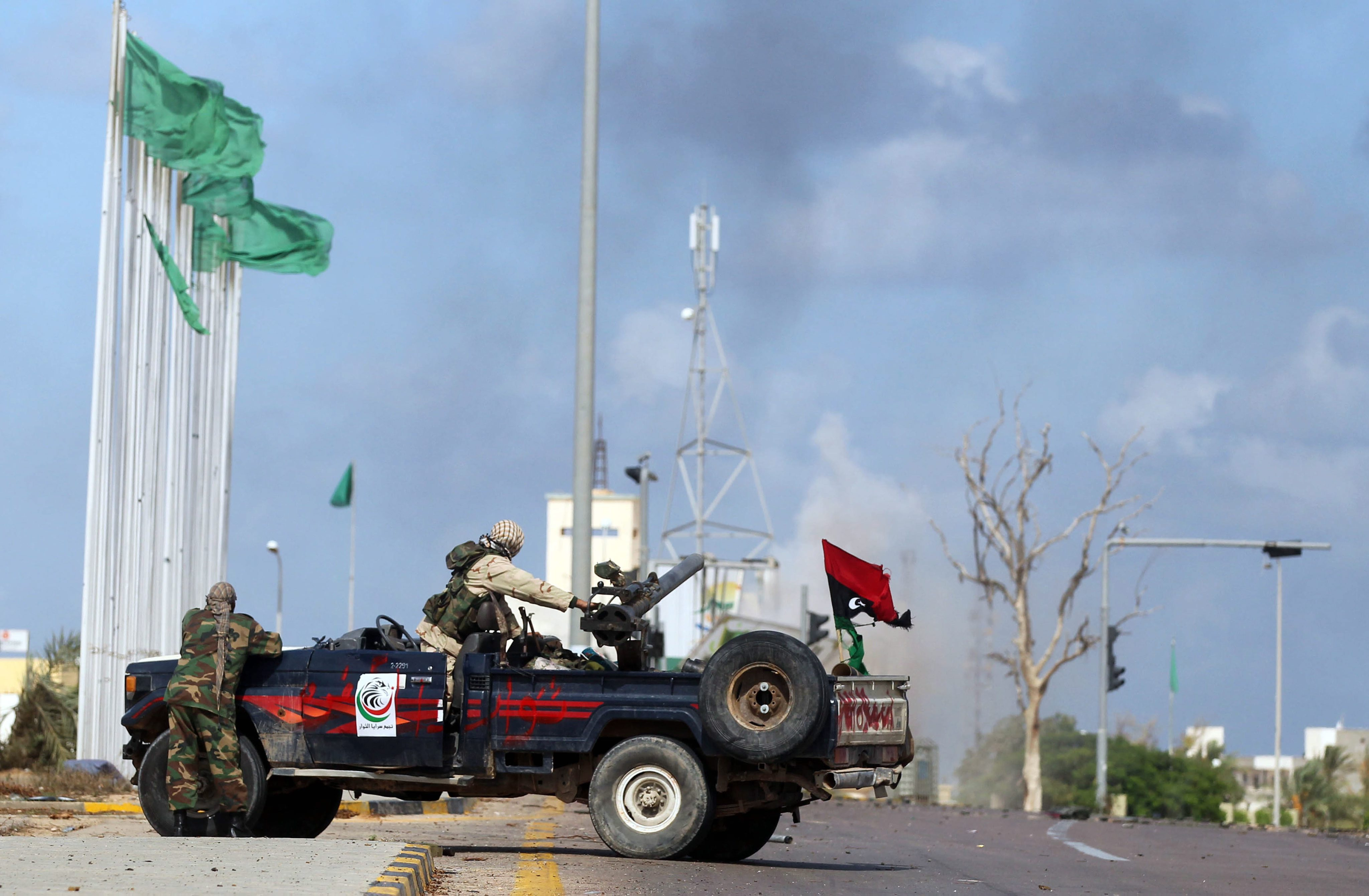 Финални атаки към последните крепости на Кадафи