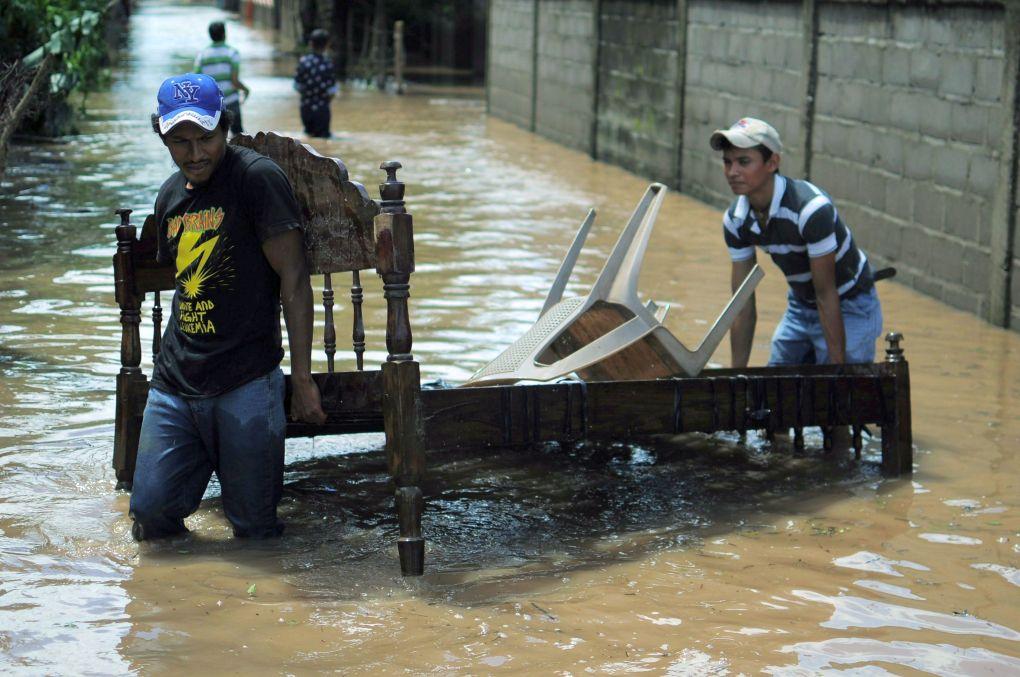 Катастрофални наводнения в Боливия