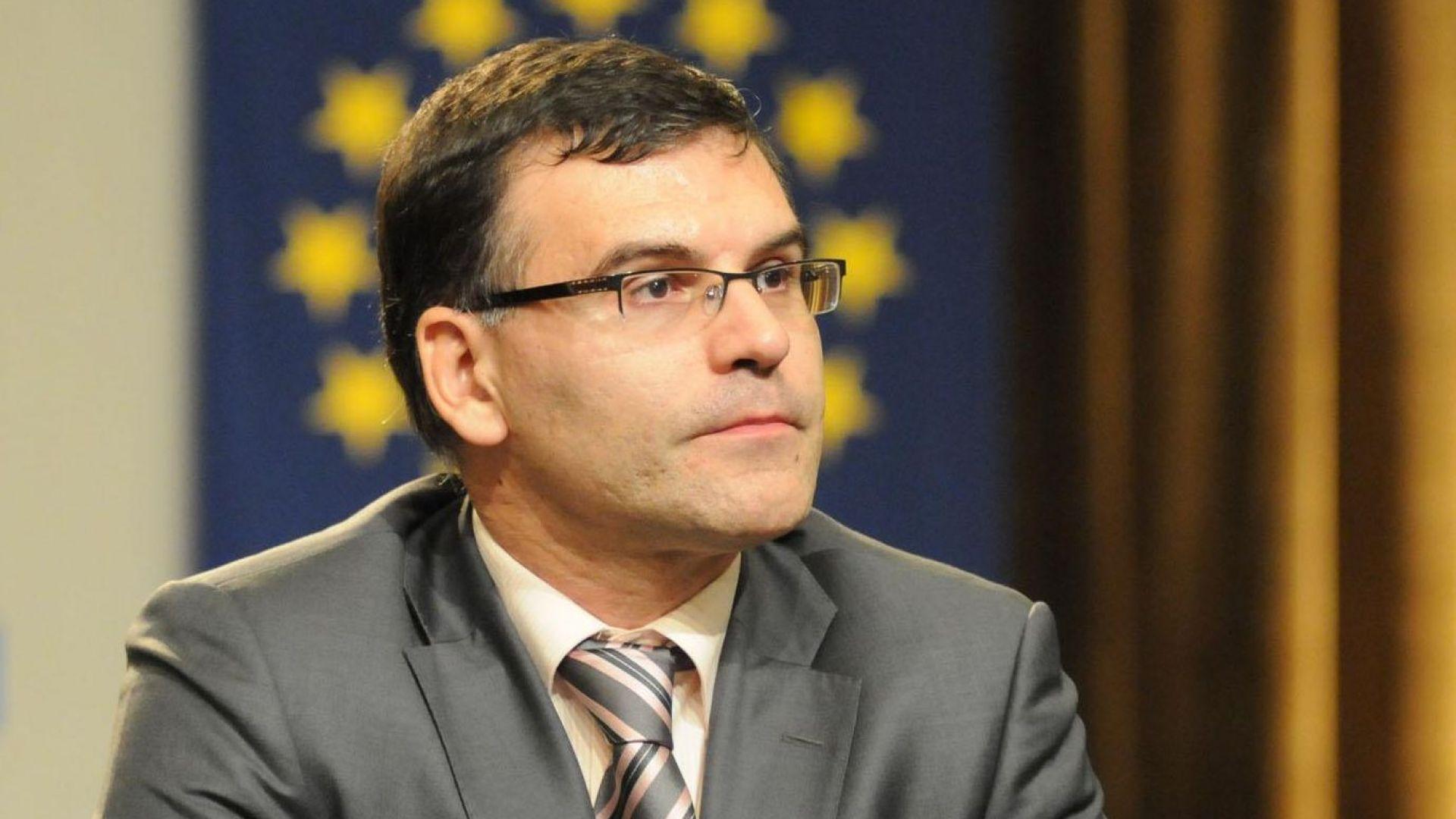Симеон Дянков: Ако кризата продължи, голяма част от икономиката няма да издържи