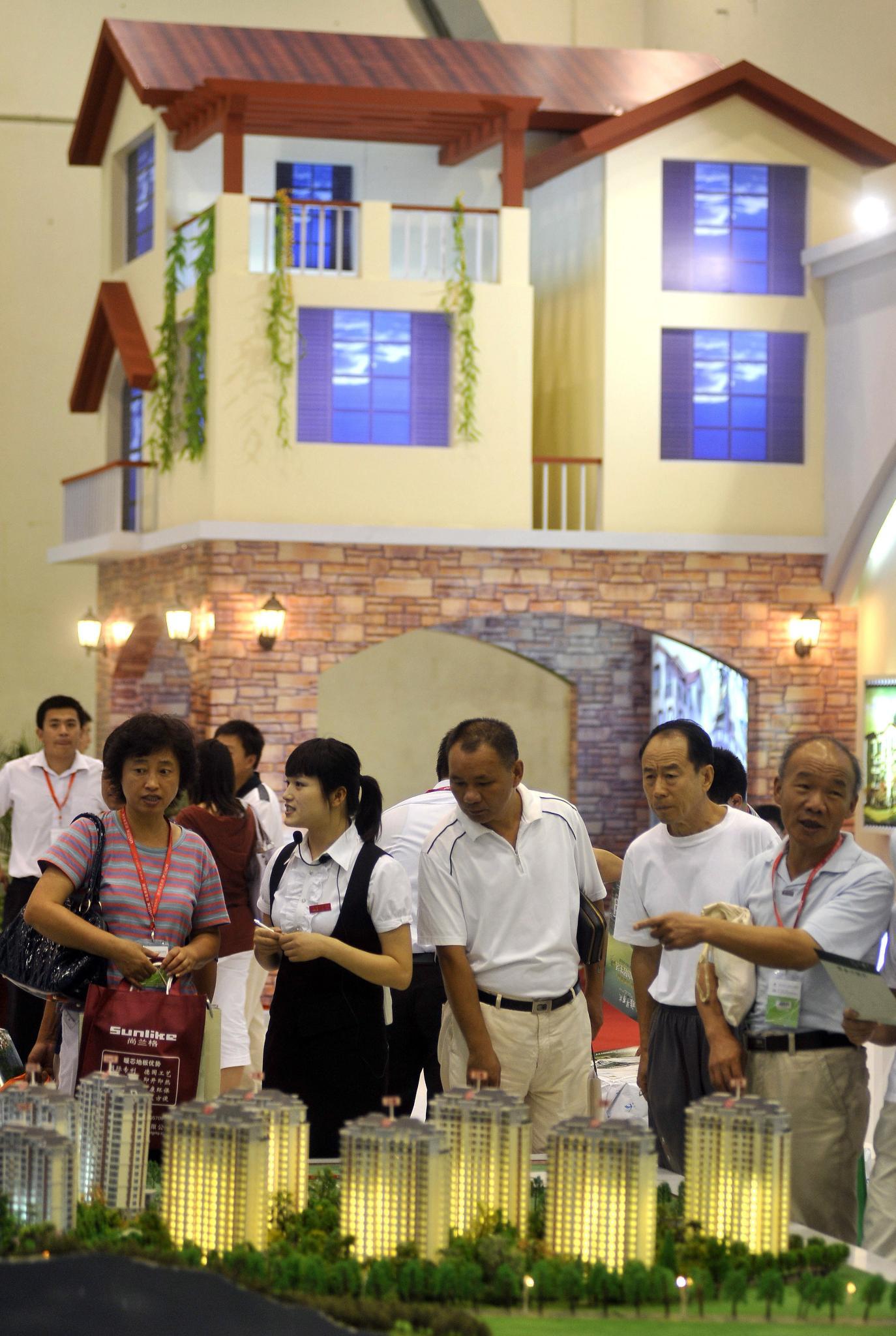 Китай обучава малки и средни фирми от България