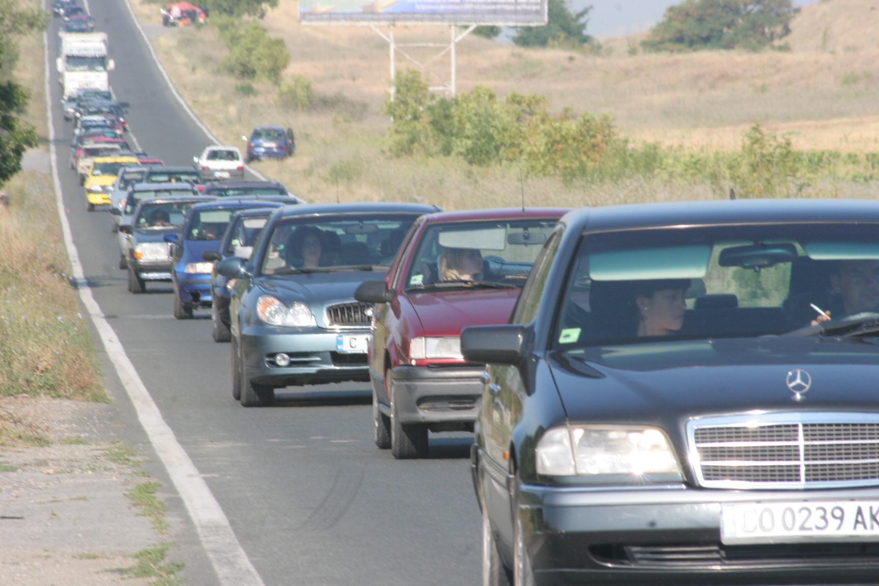 КАТ започва да спира колите с ксенонови фарове