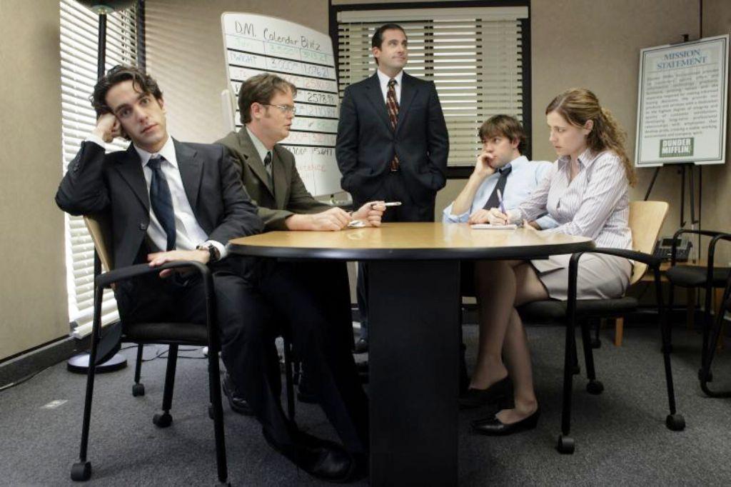 Всяка четвърта връзка с колега завършва с брак
