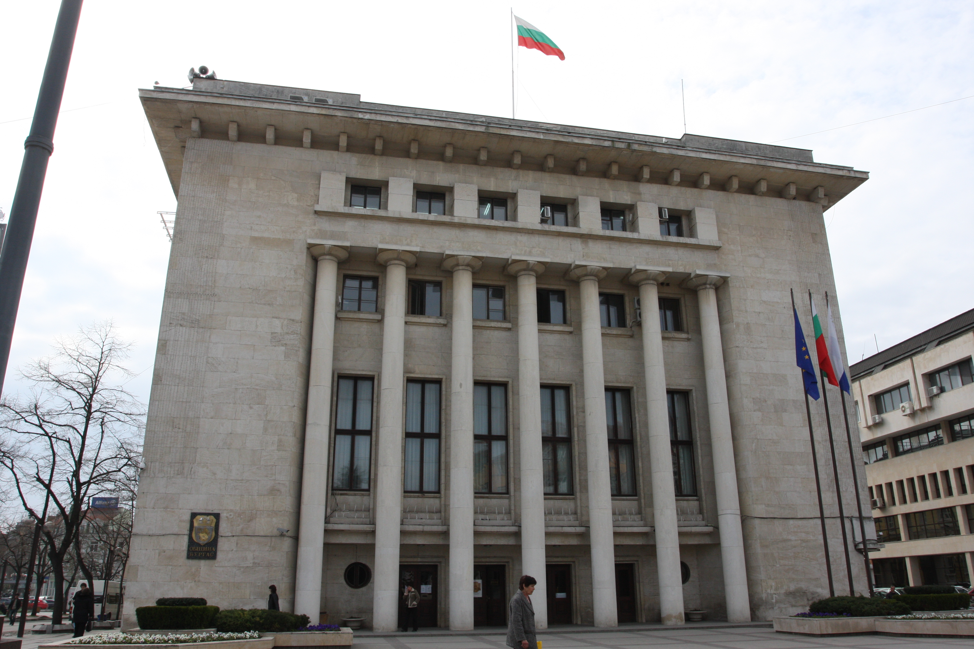 1000 нови паркоместа в Бургас през 2019-а