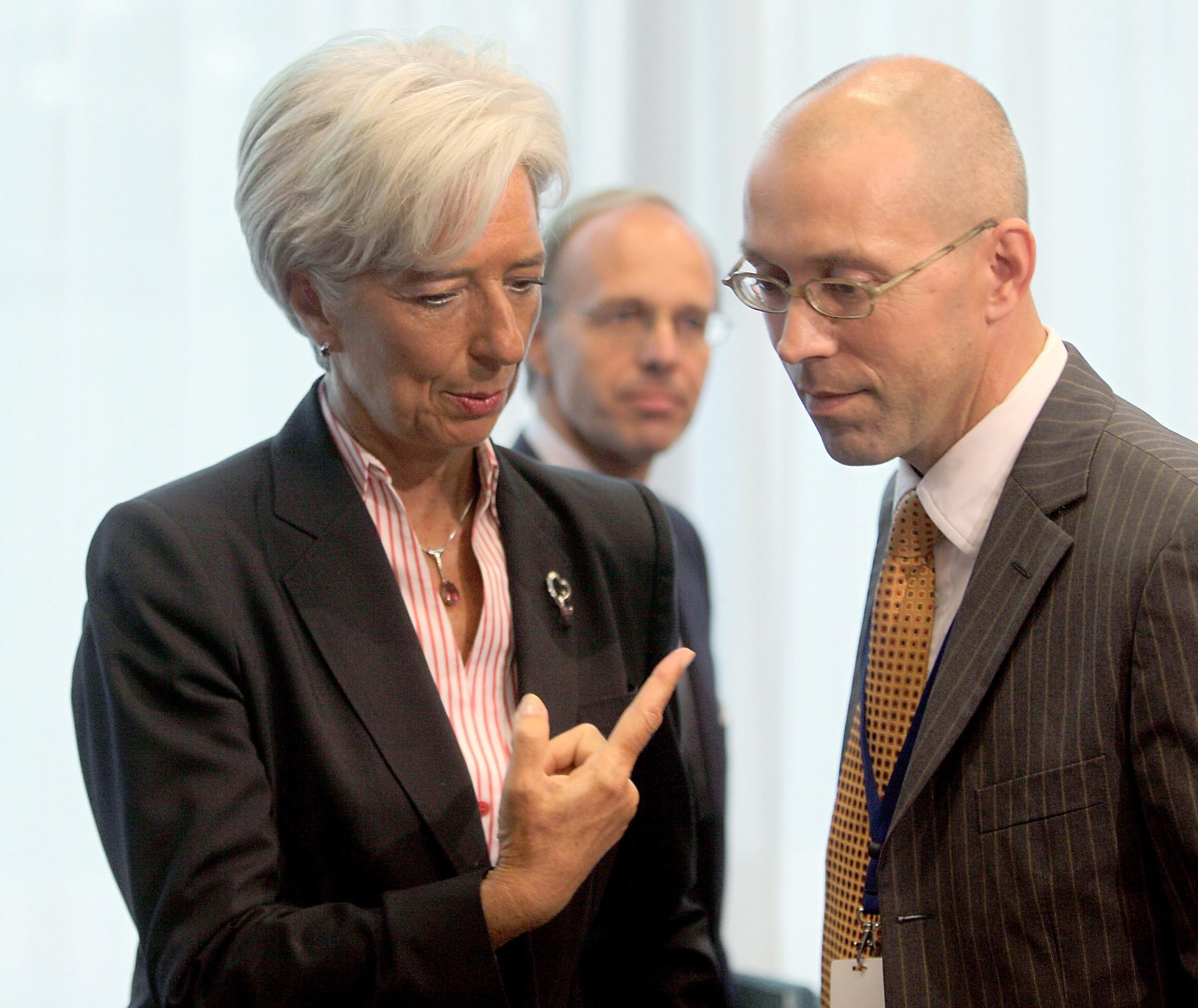 Шеф от ЕЦБ иска край на евтините кредити