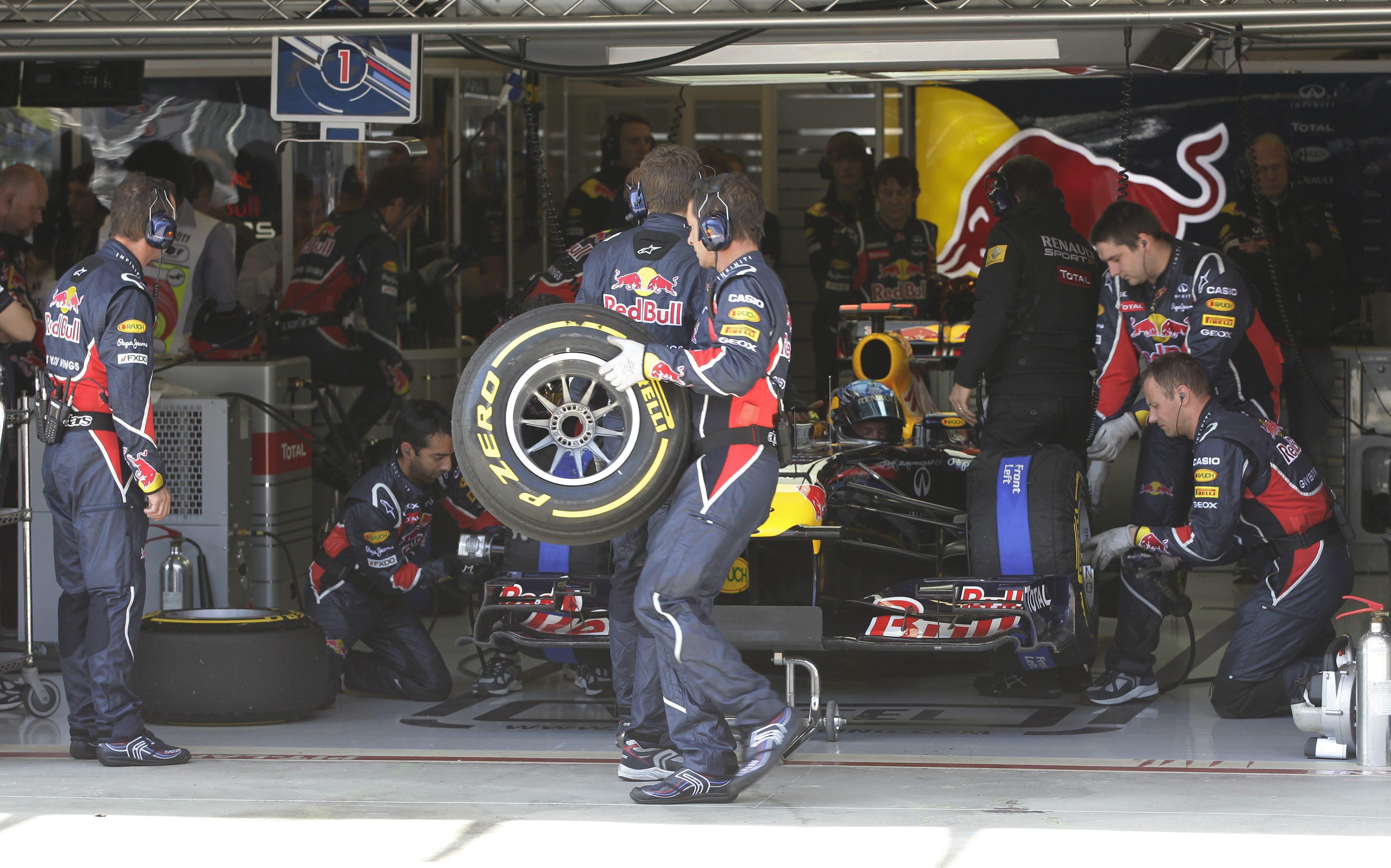 10 тона останки от гуми по пистите на F1 за 2011-а