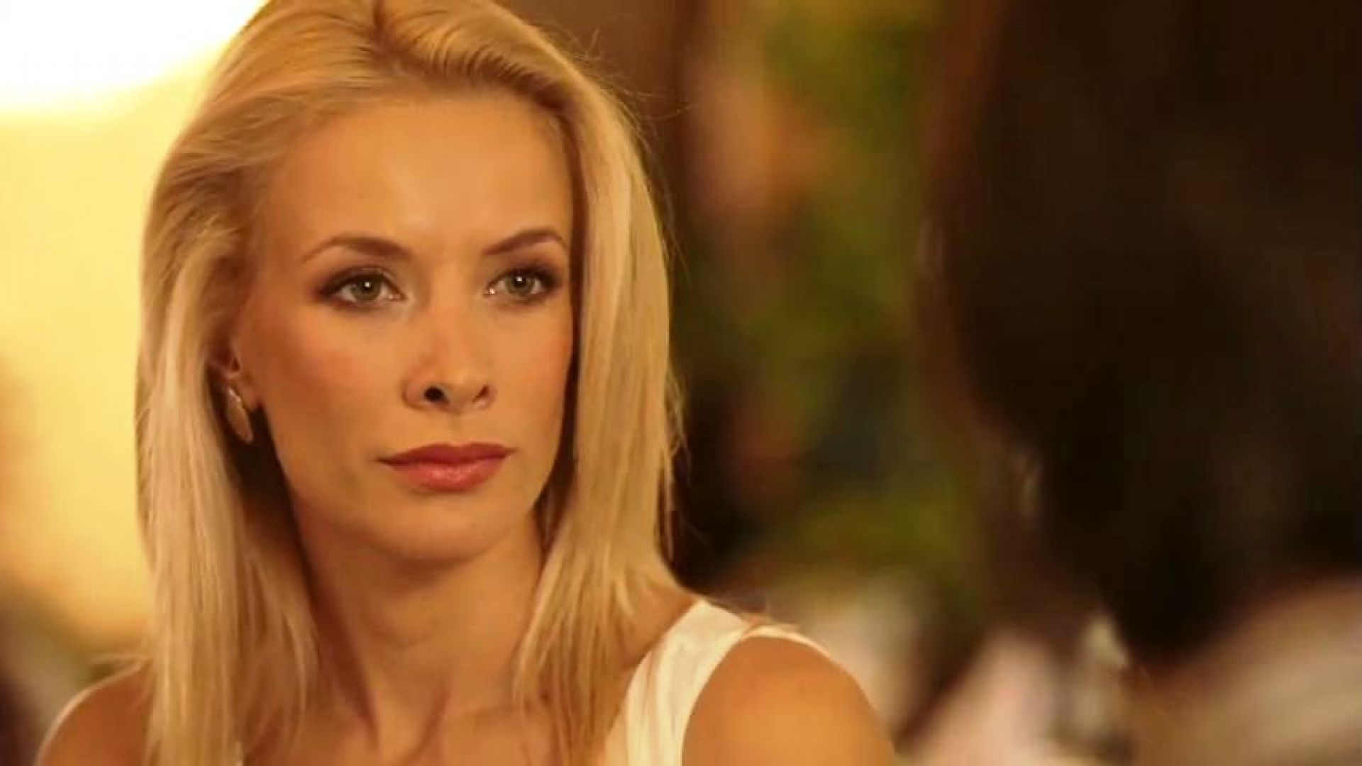 Яна Маринова се показа без грим