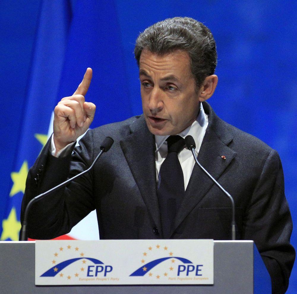 Разногласията в ЕС растат, Саркози започна лична атака срещу Камерън