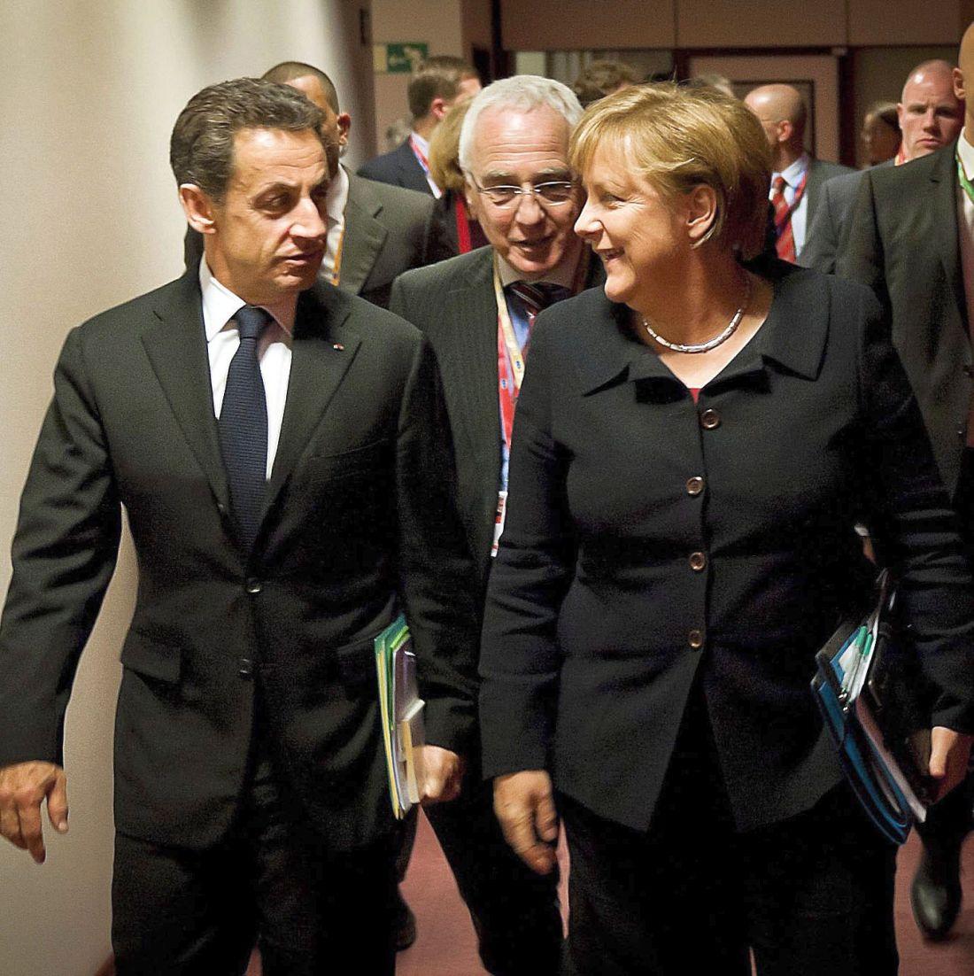 Заплатите на италиански чиновници удрят в земята Меркел, Обама и Саркози
