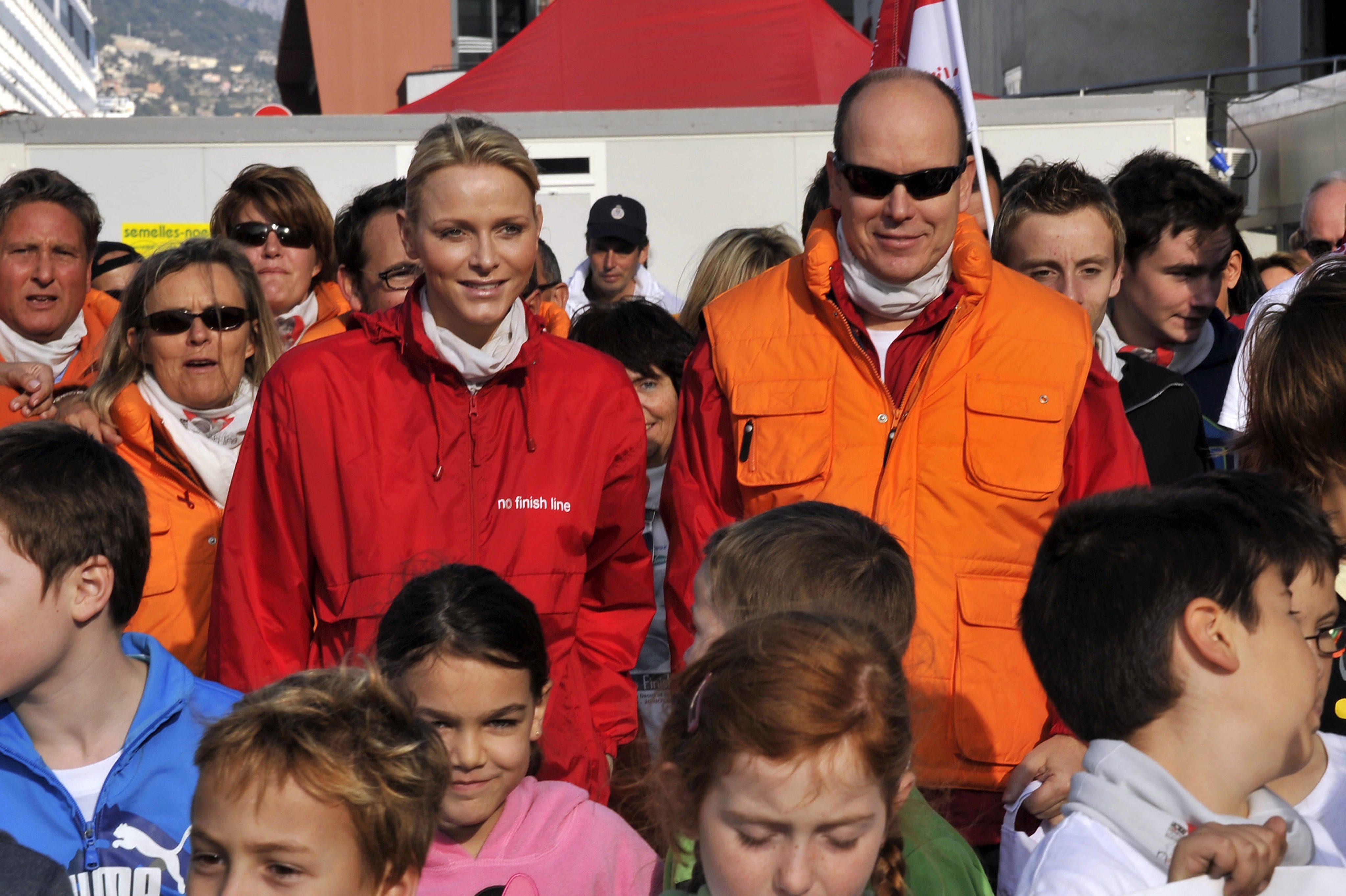 Принц Албер II води топ спортисти в Банско през януари