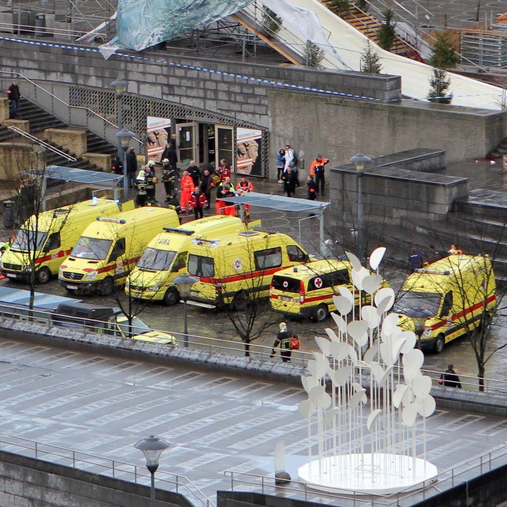 Убити и ранени след стрелба и експлозии в белгийски град