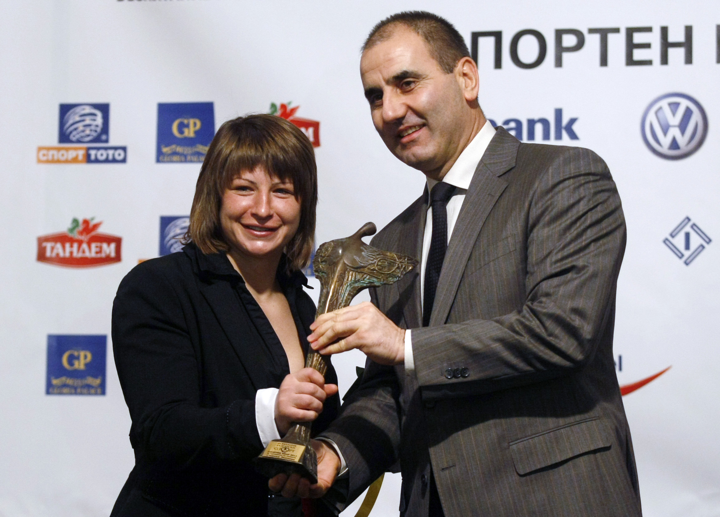 """Станка Златева е носителят на """"Спортен Икар"""" за 2011 година"""