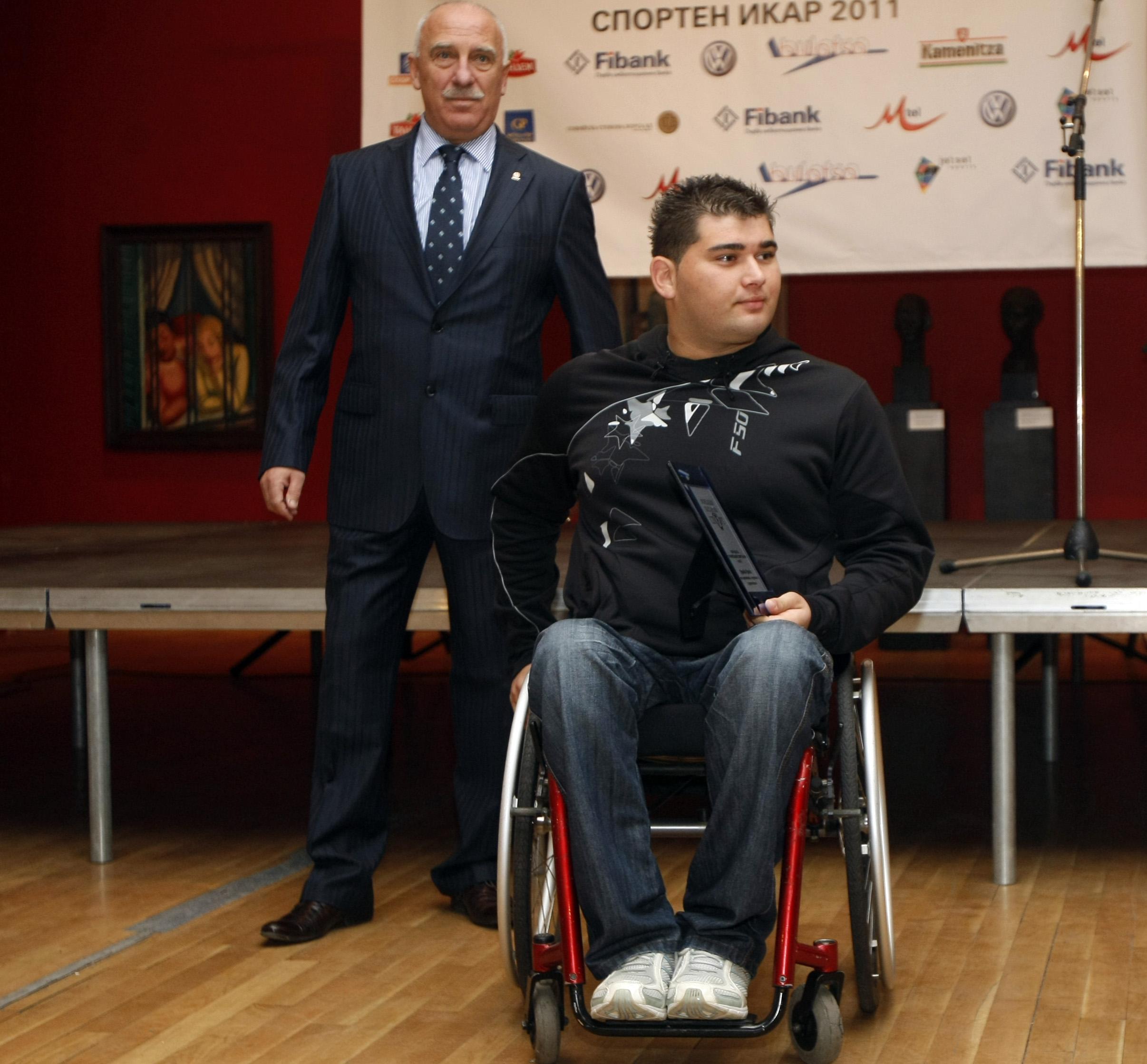 Ружди Ружди е спортист номер 1 с увреждания за 2011