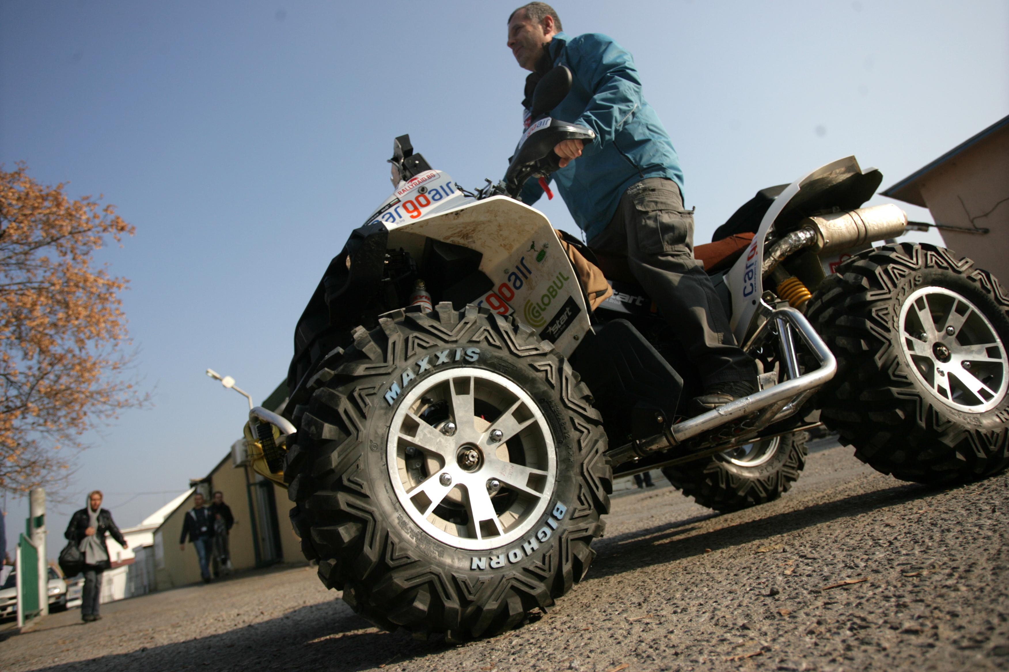 Петър Ценков остана последен в 11-ия етап на рали Дакар