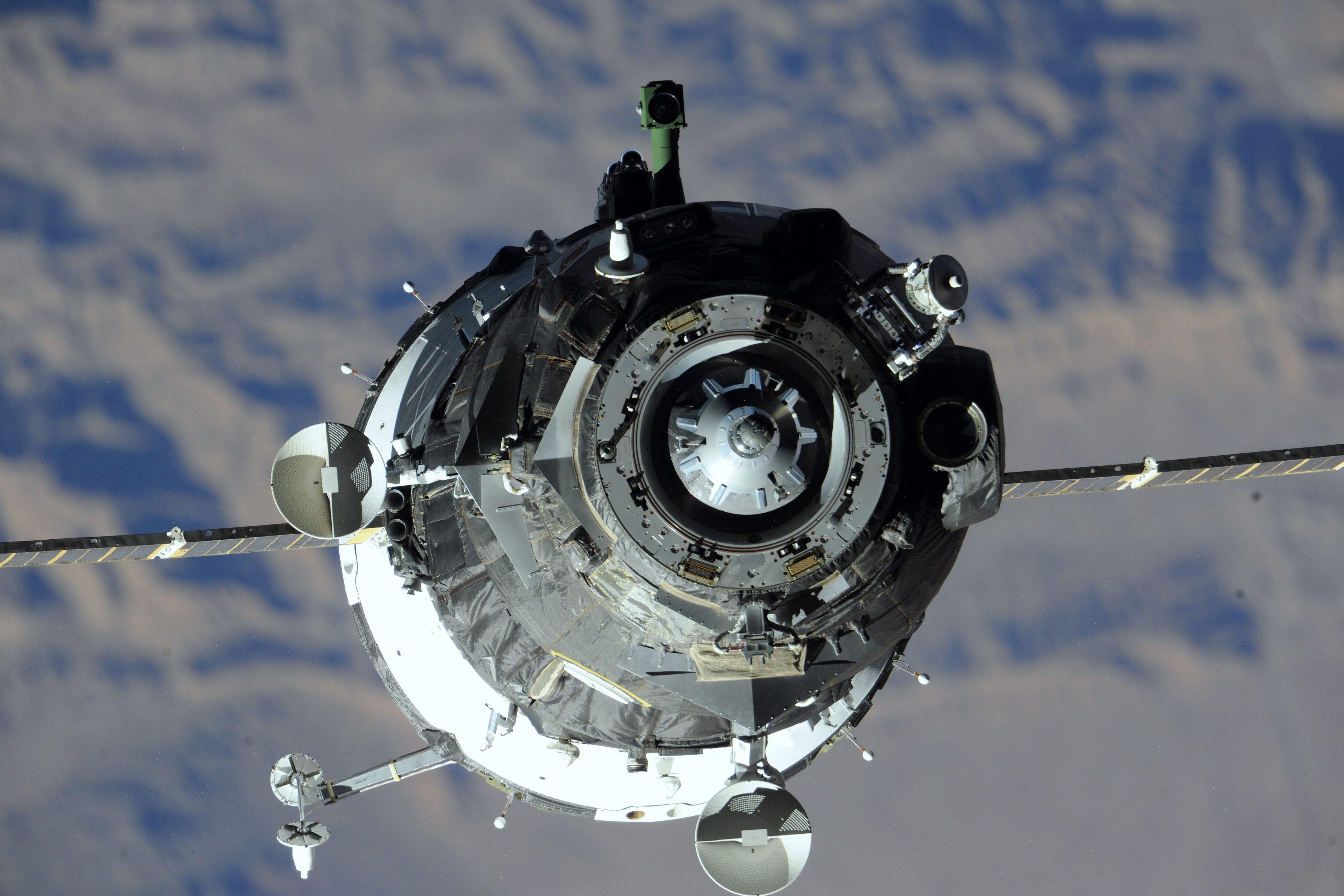 Корабът за МКС ще бъде заменен с нов