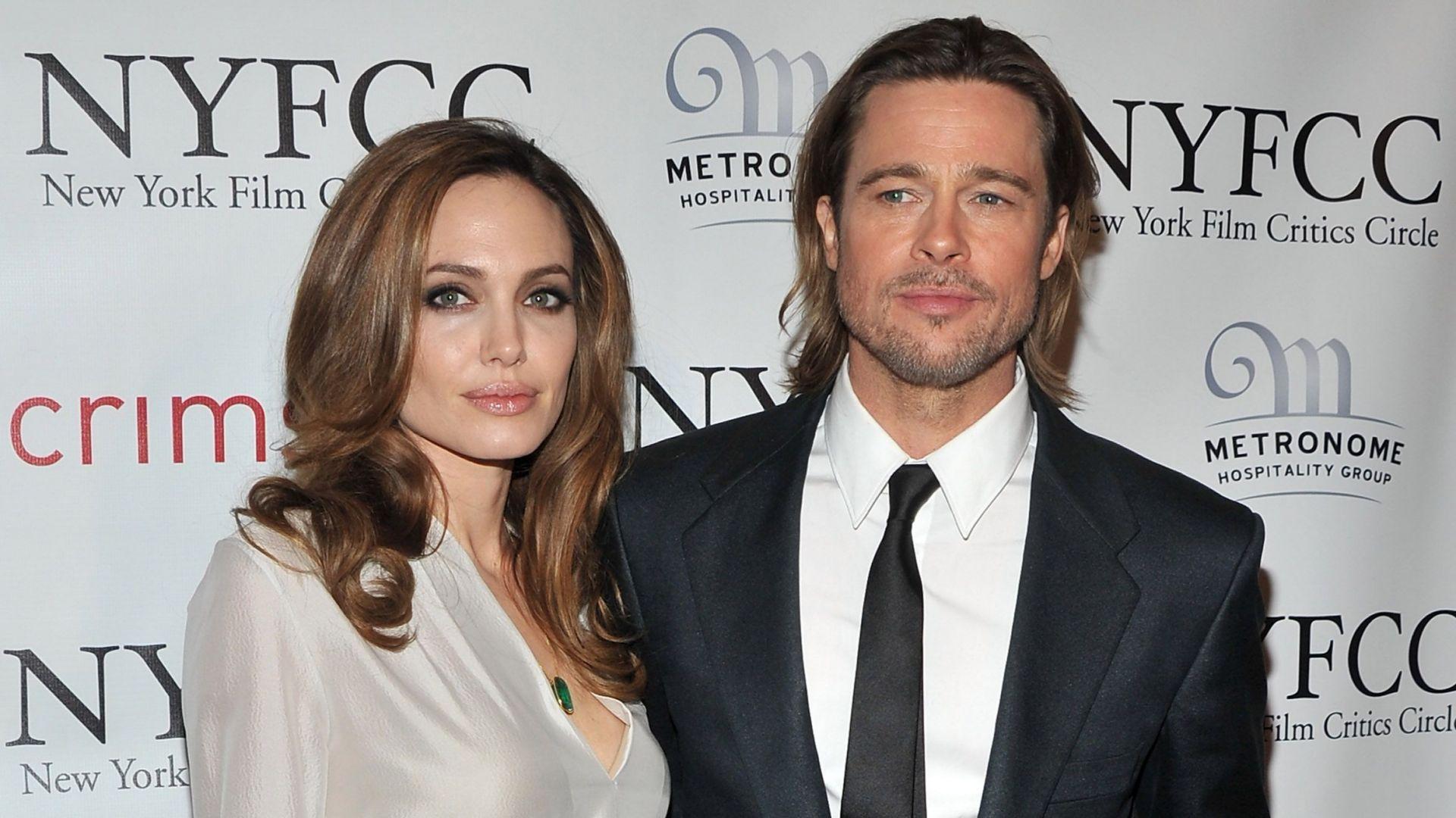 Анджелина настоява да финализира развода, Брад не давал достатъчно пари