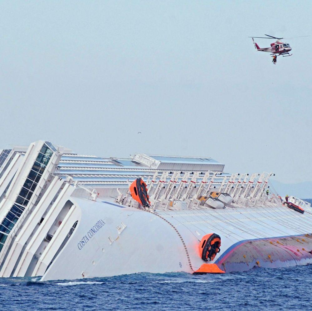 Броят на изчезналите корабокрушенци се увеличи до 29