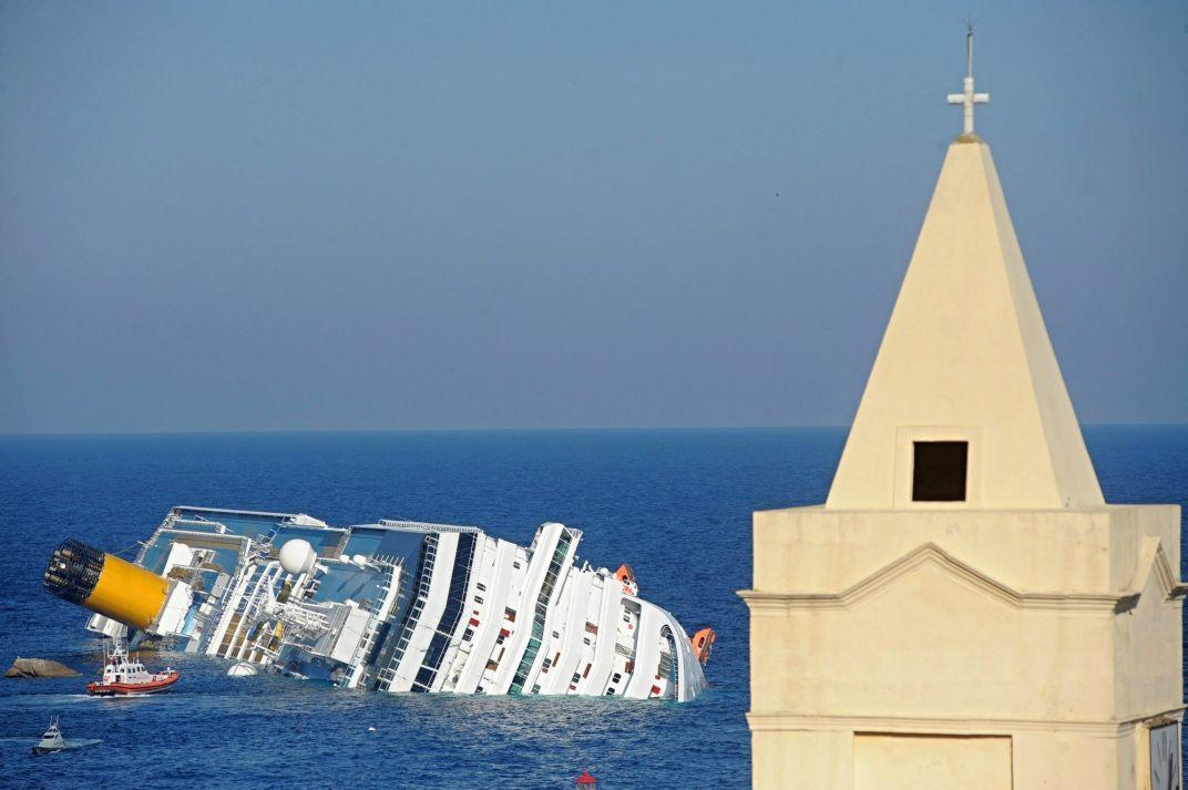 "Потомци на жертва от ""Титаник"" оцелели в ""Конкордия"""