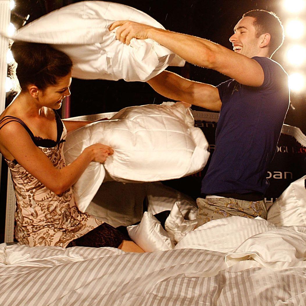 Зрелите жени са по-активни в леглото от по-младите