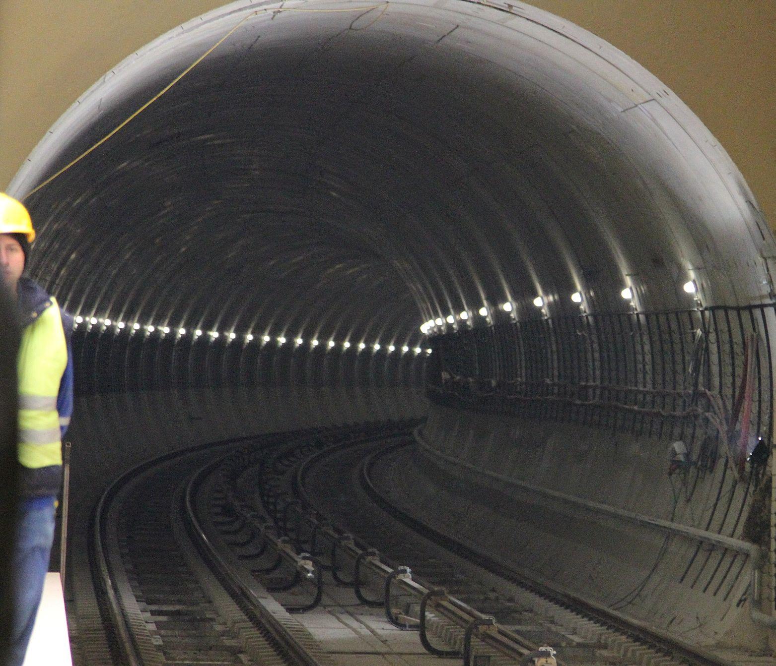 7 нови метростанции ще има през април догодина