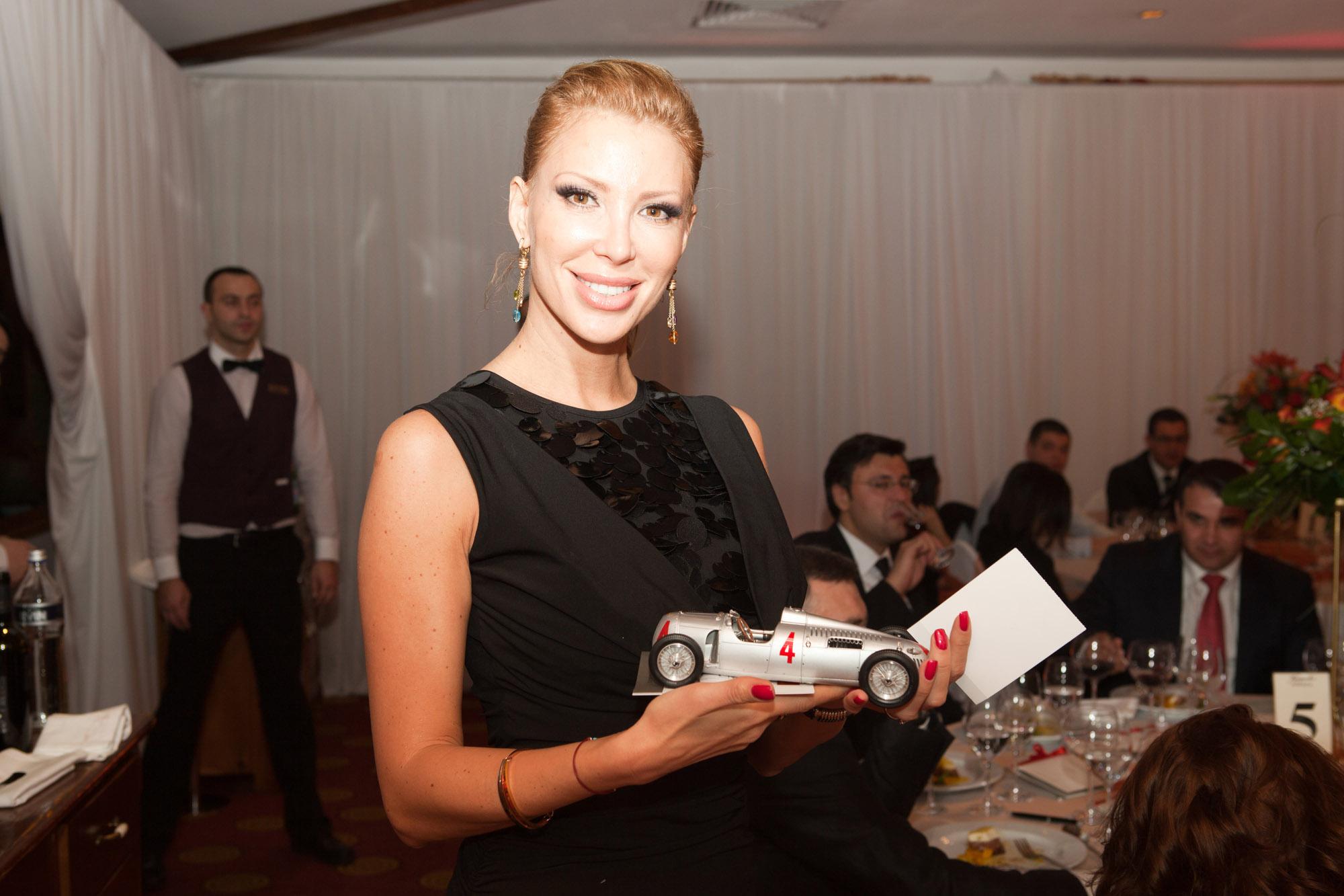200 ВИП личности уважиха благотворителната вечеря в Банско