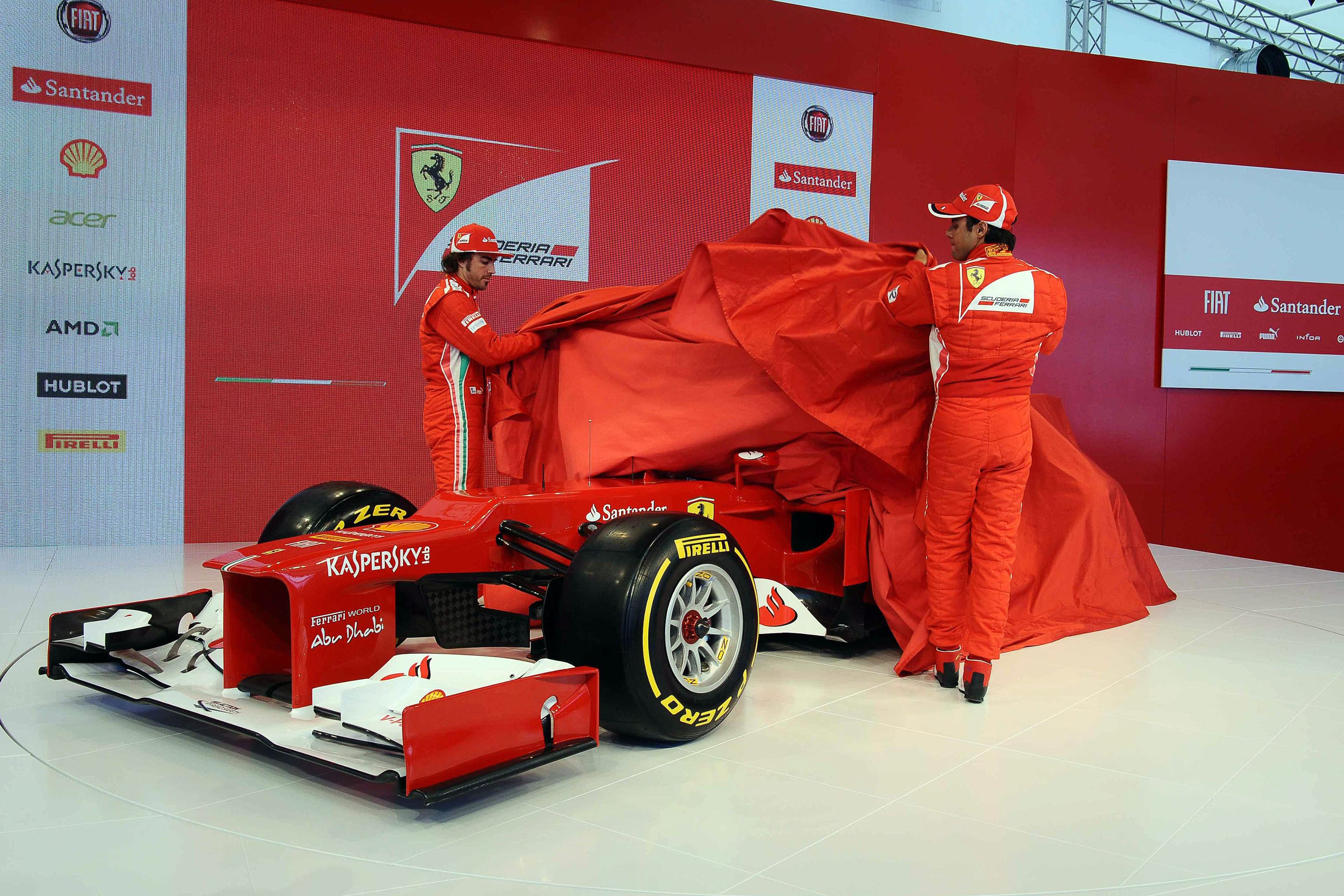 Ферари представи новия си болид - (снимки)