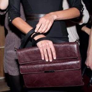 Виктория Бекъм създаде чанта в чест на дъщеря си