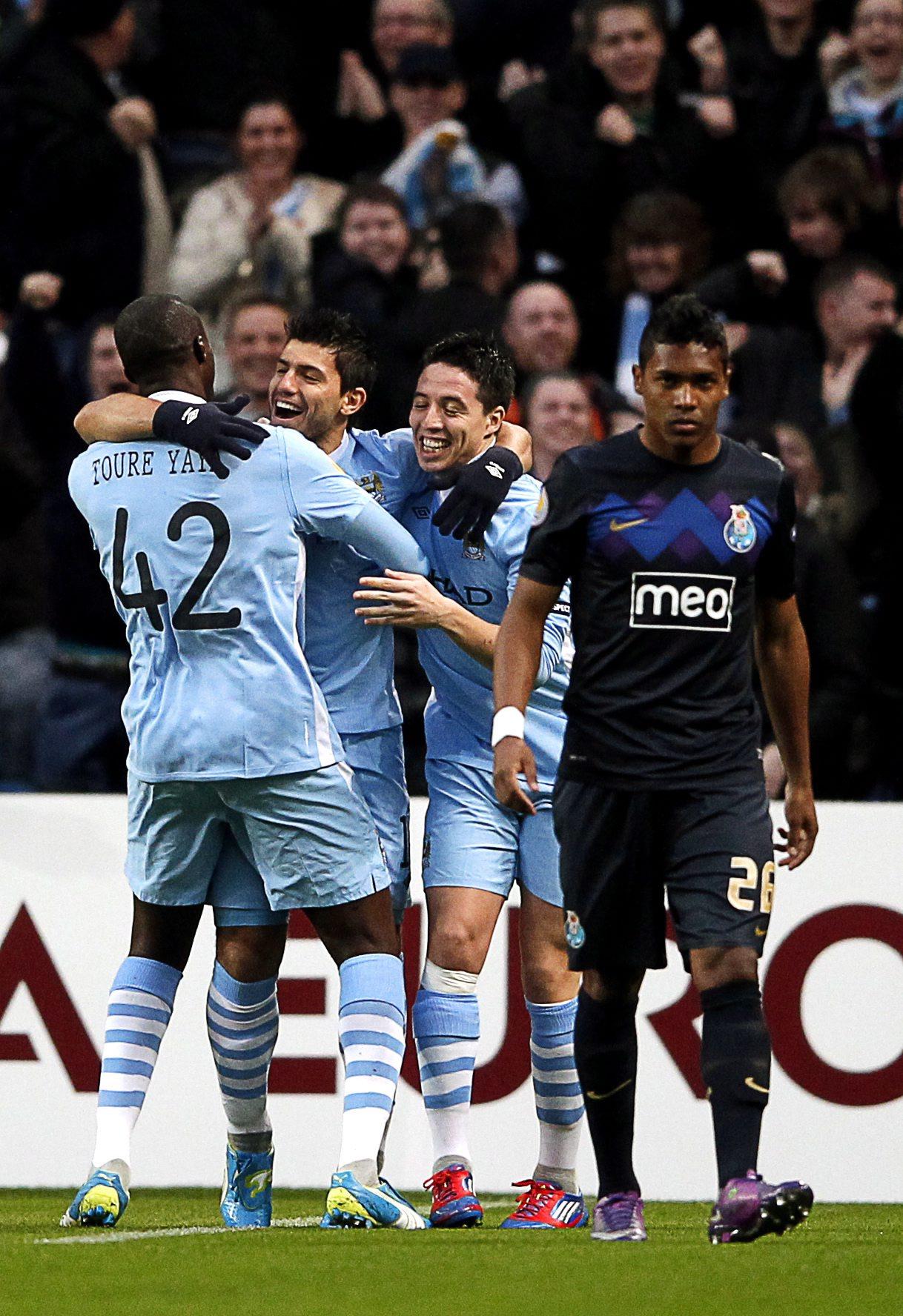 Сити разби Порто и е на 1/8-финал в Лига Европа