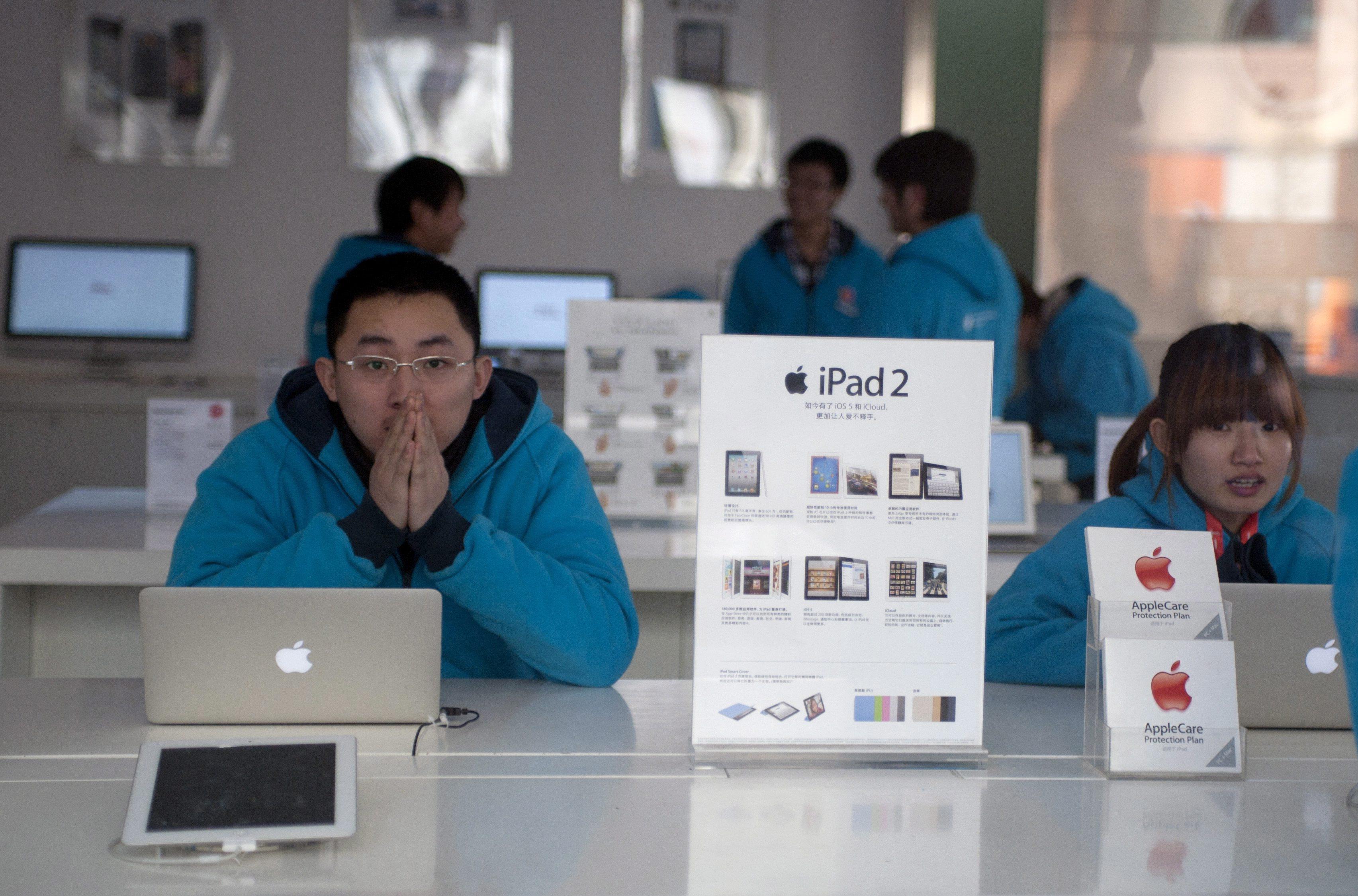"""Спорът за марката """"iPad"""" стигна до САЩ"""