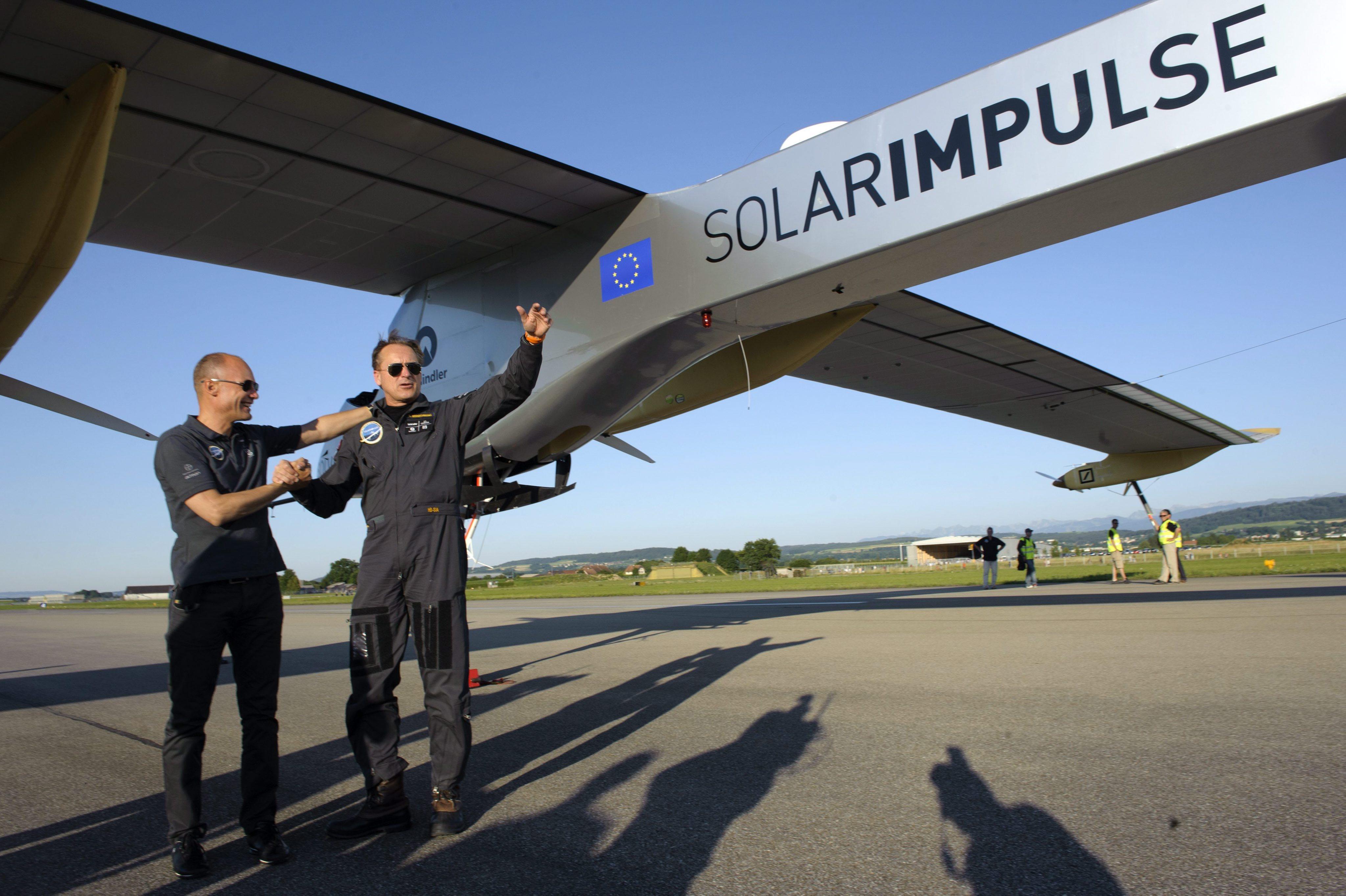 Успешна симулация на 72-часов полет със соларен самолет