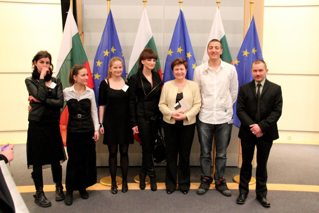 Деси Тенекеджиева и млади таланти посетиха Европарламента