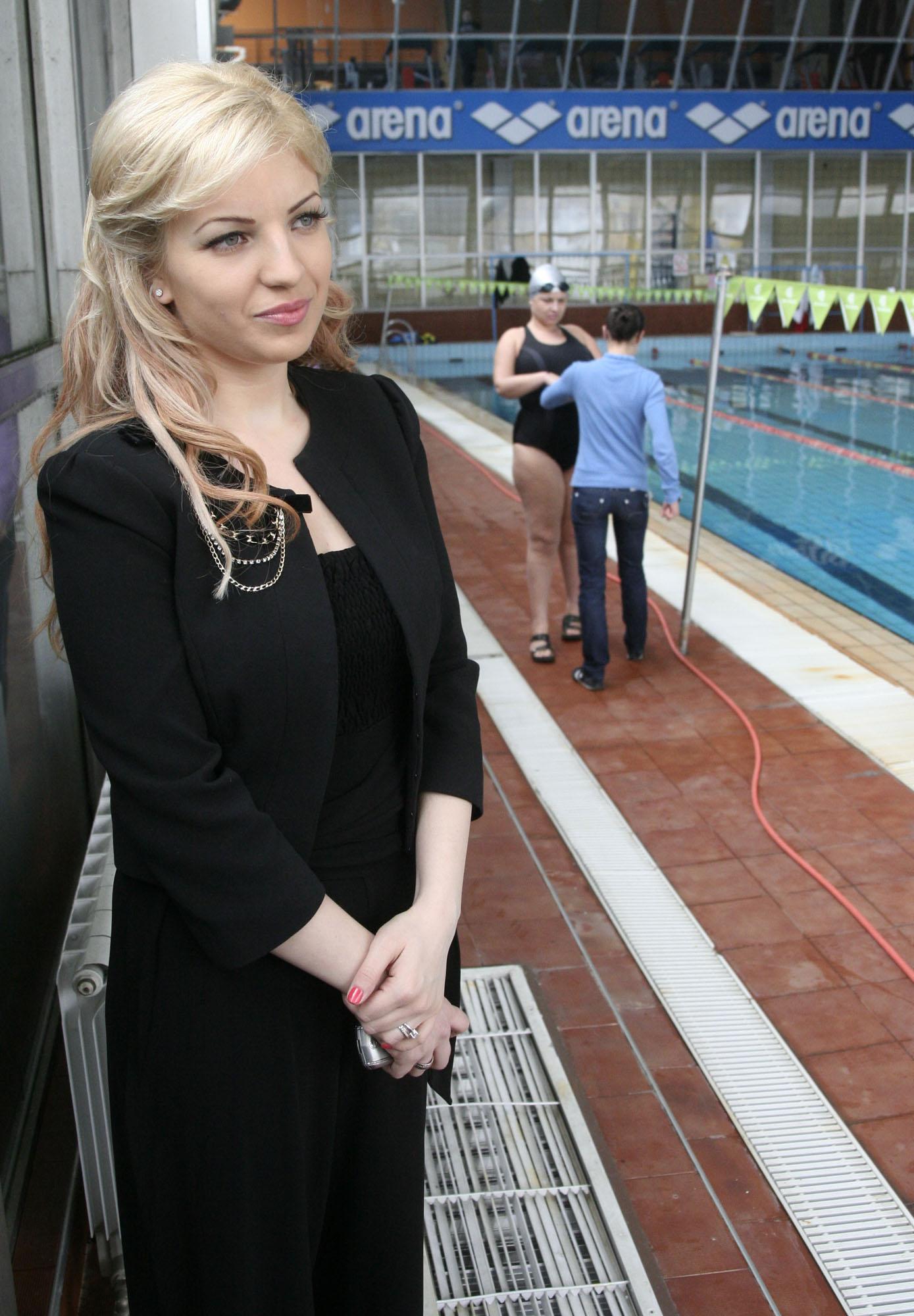 Мисис България Поли Петракиева с добра новина за 8-ми март