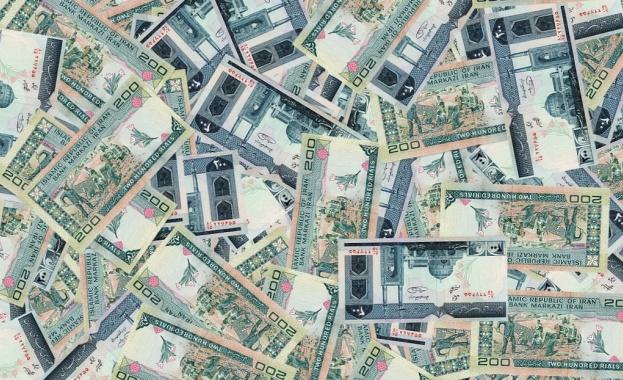 Спряха връзката на иранските банки със СУИФТ
