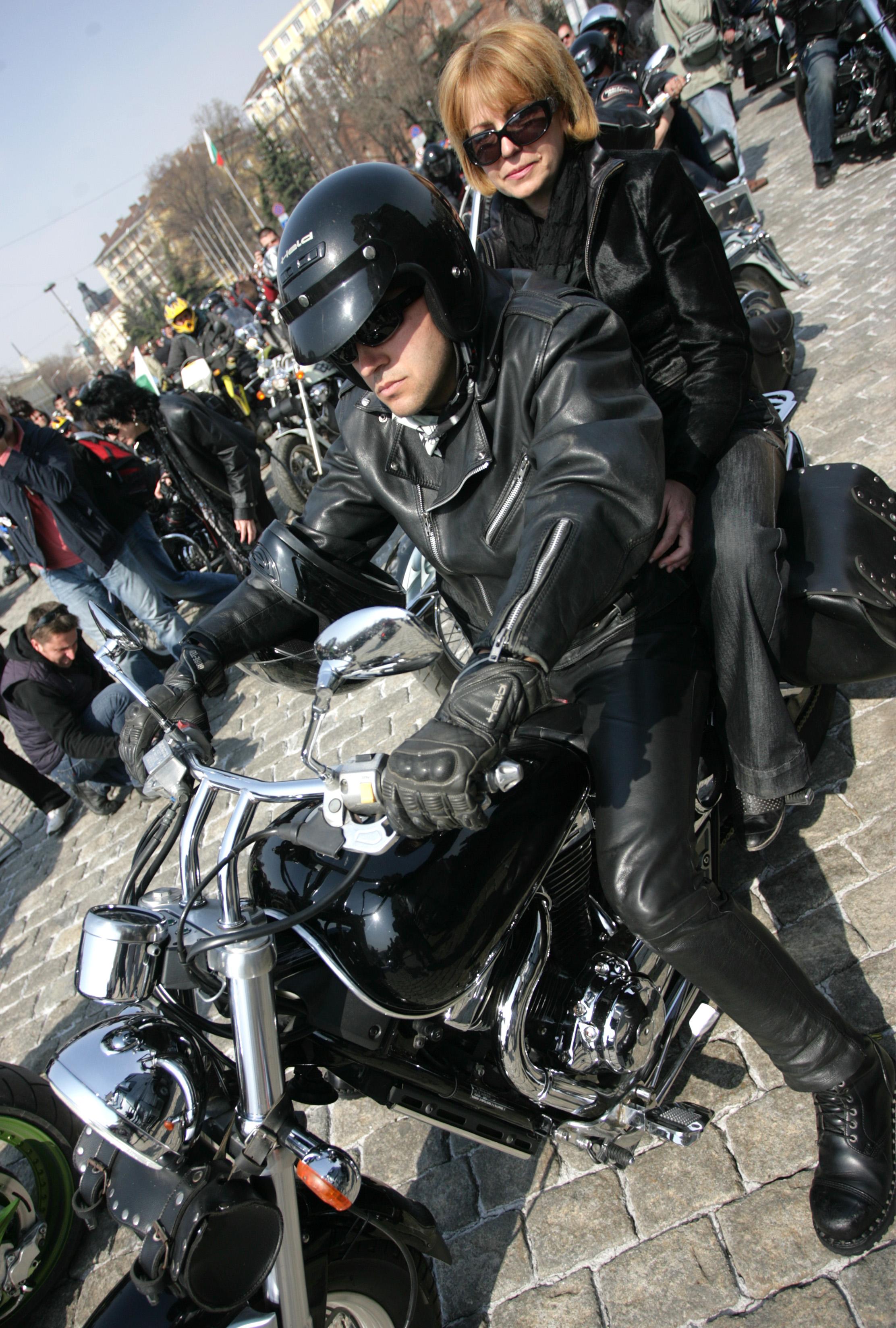 """Отварят """"Цариградско шосе"""" за мотори"""