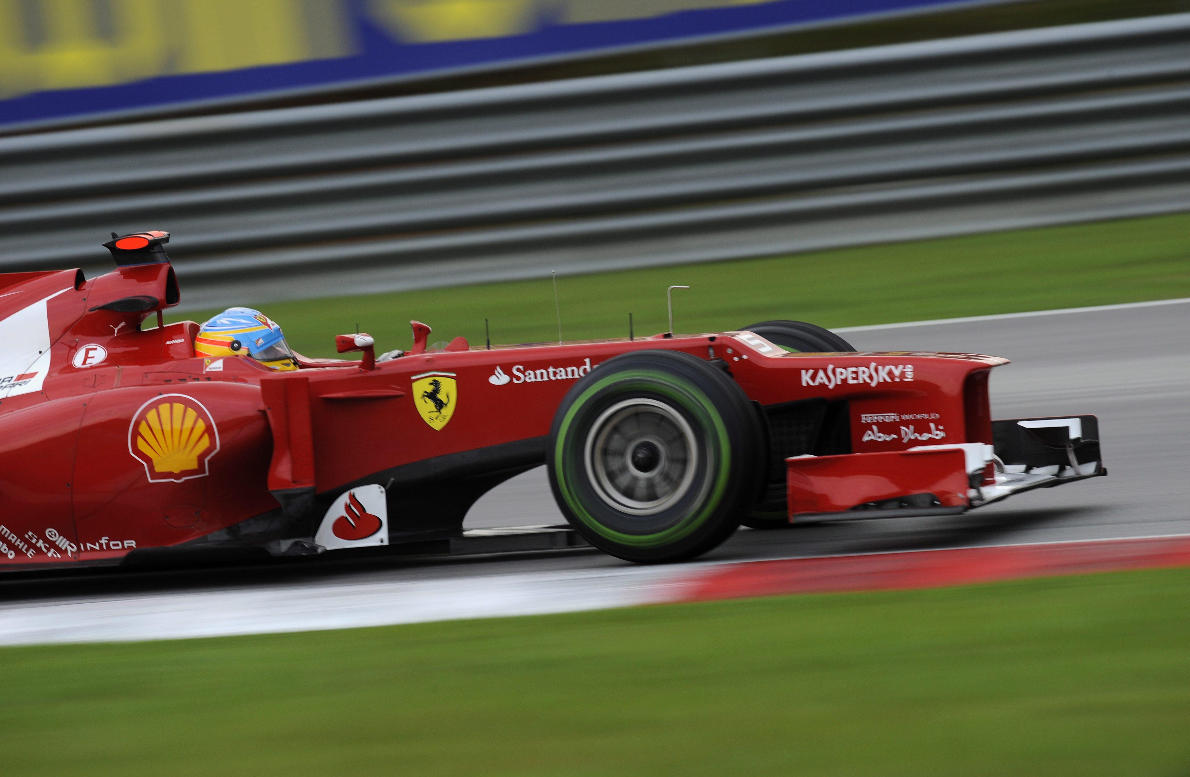 Ферари показа сериозни модификации на болида си